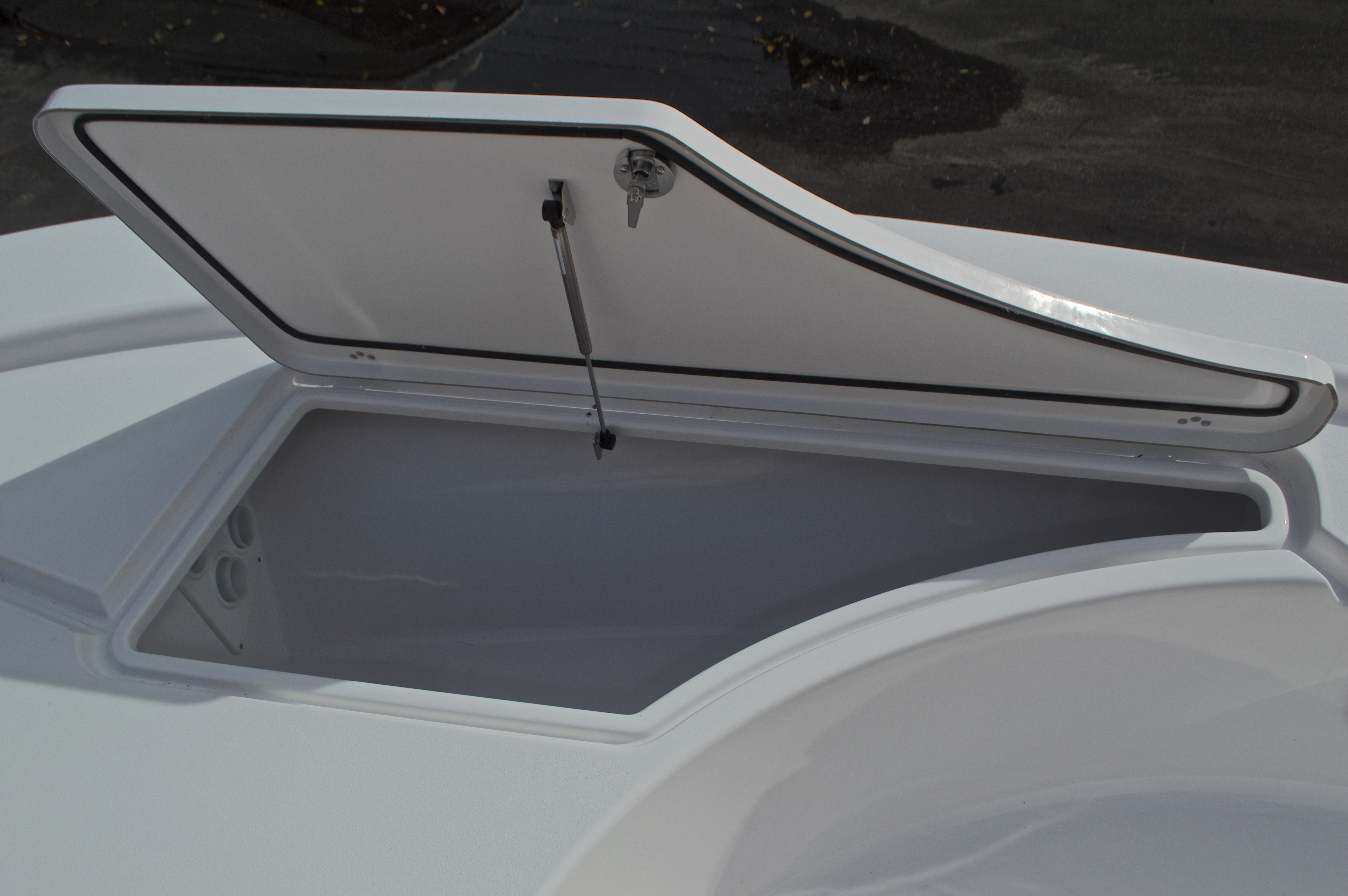 Thumbnail 43 for New 2017 Sportsman Masters 207 Bay Boat boat for sale in Vero Beach, FL