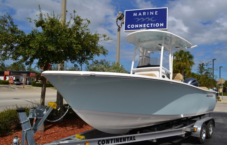 Thumbnail 1 for New 2017 Sportsman Heritage 211 Center Console boat for sale in Miami, FL