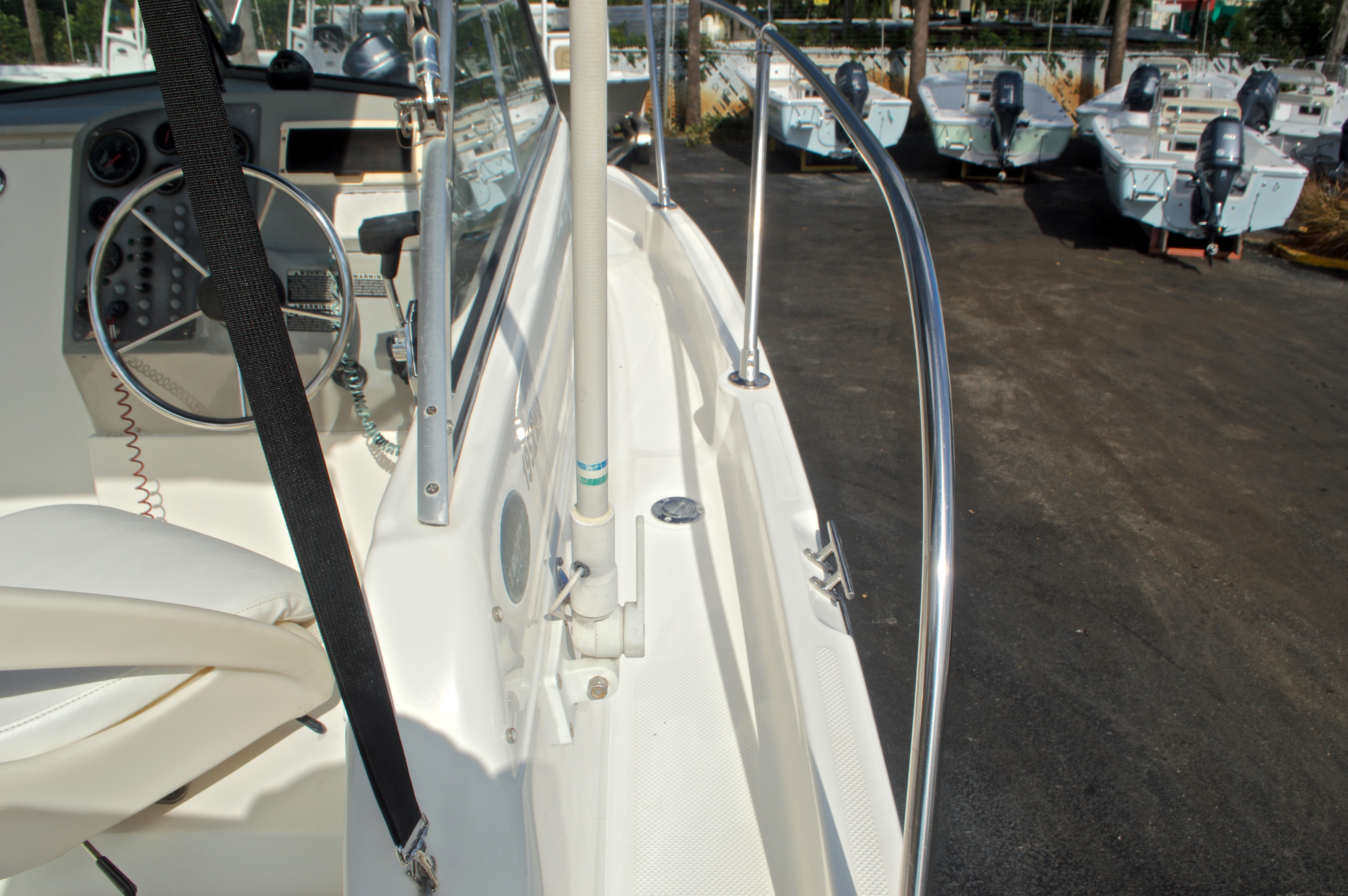 Thumbnail 23 for Used 2005 Trophy 1952 WAC Walk Around boat for sale in West Palm Beach, FL
