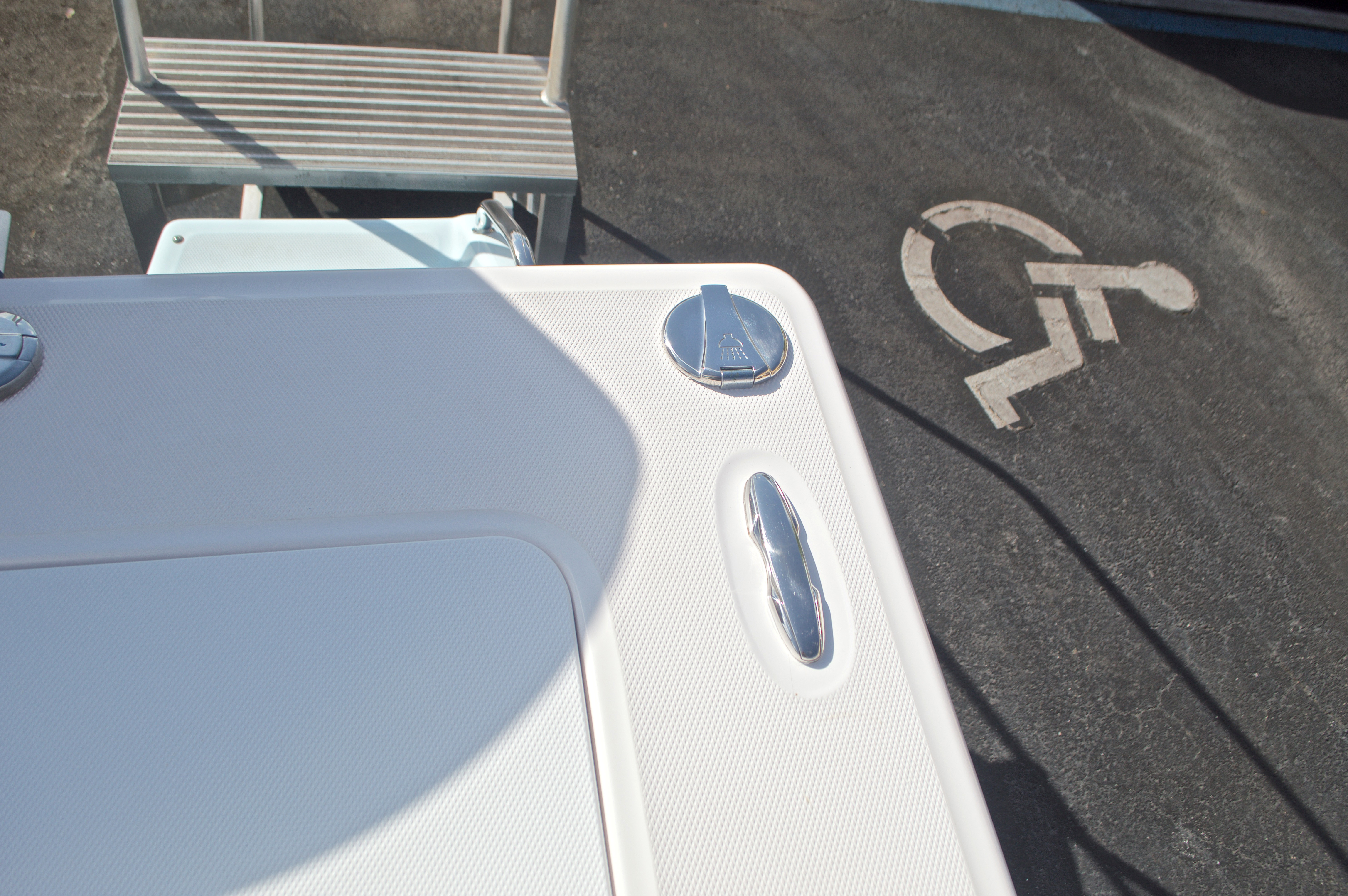 Thumbnail 13 for Used 2014 Everglades 243 Center Console boat for sale in West Palm Beach, FL