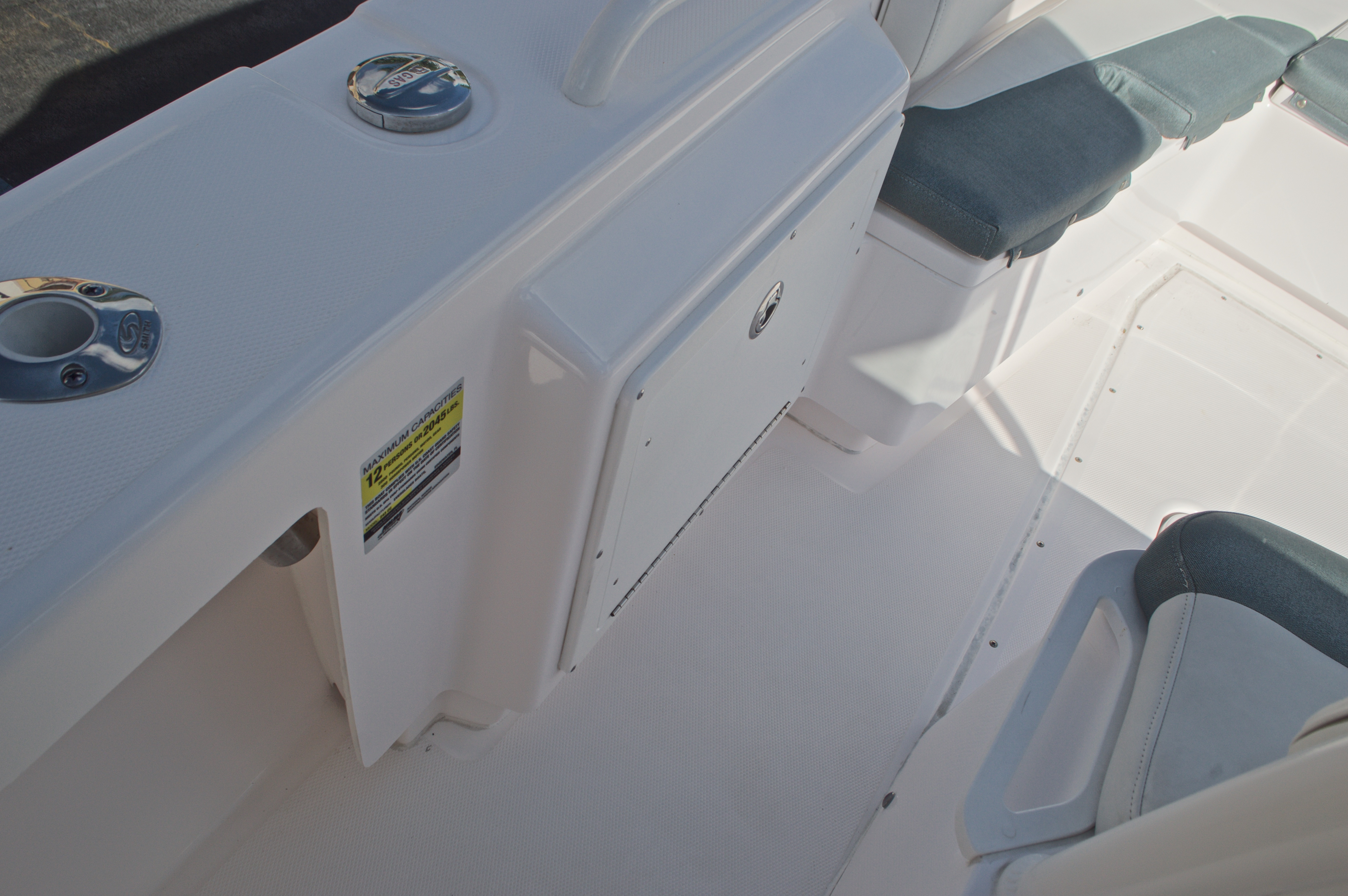 Thumbnail 46 for Used 2014 Everglades 243 Center Console boat for sale in West Palm Beach, FL