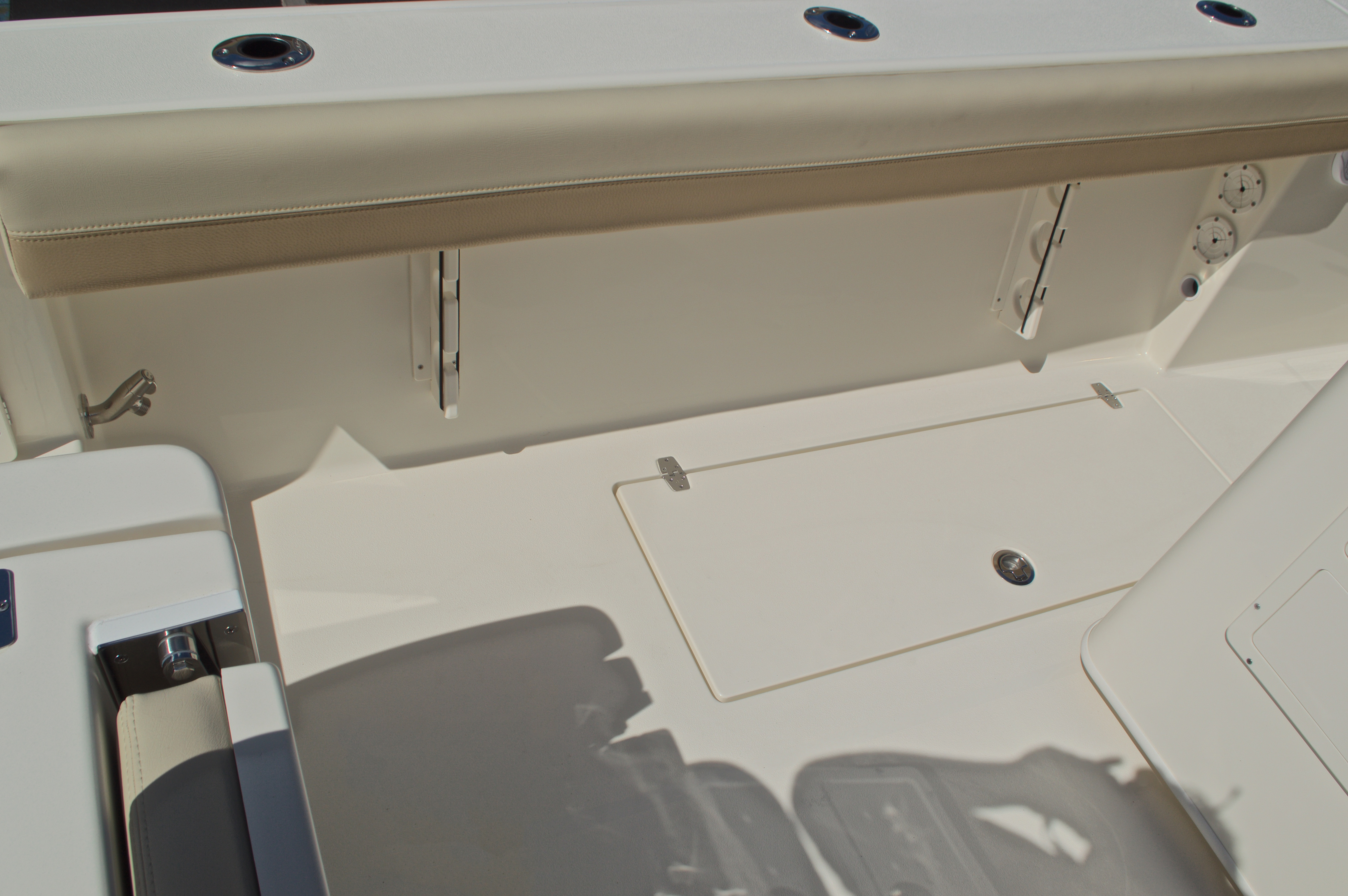 Thumbnail 20 for New 2017 Cobia 277 Center Console boat for sale in West Palm Beach, FL