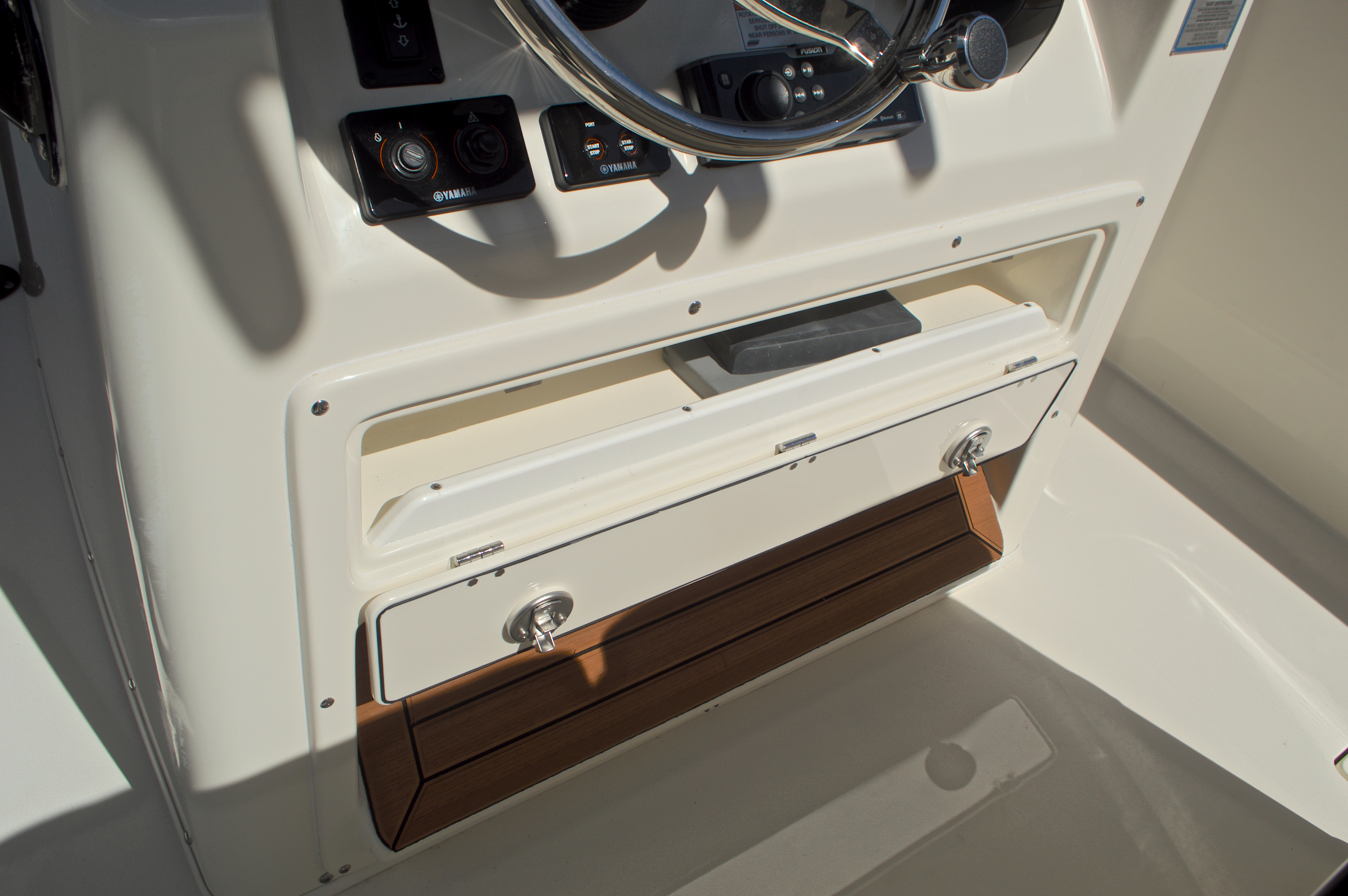 Thumbnail 41 for New 2017 Cobia 277 Center Console boat for sale in West Palm Beach, FL