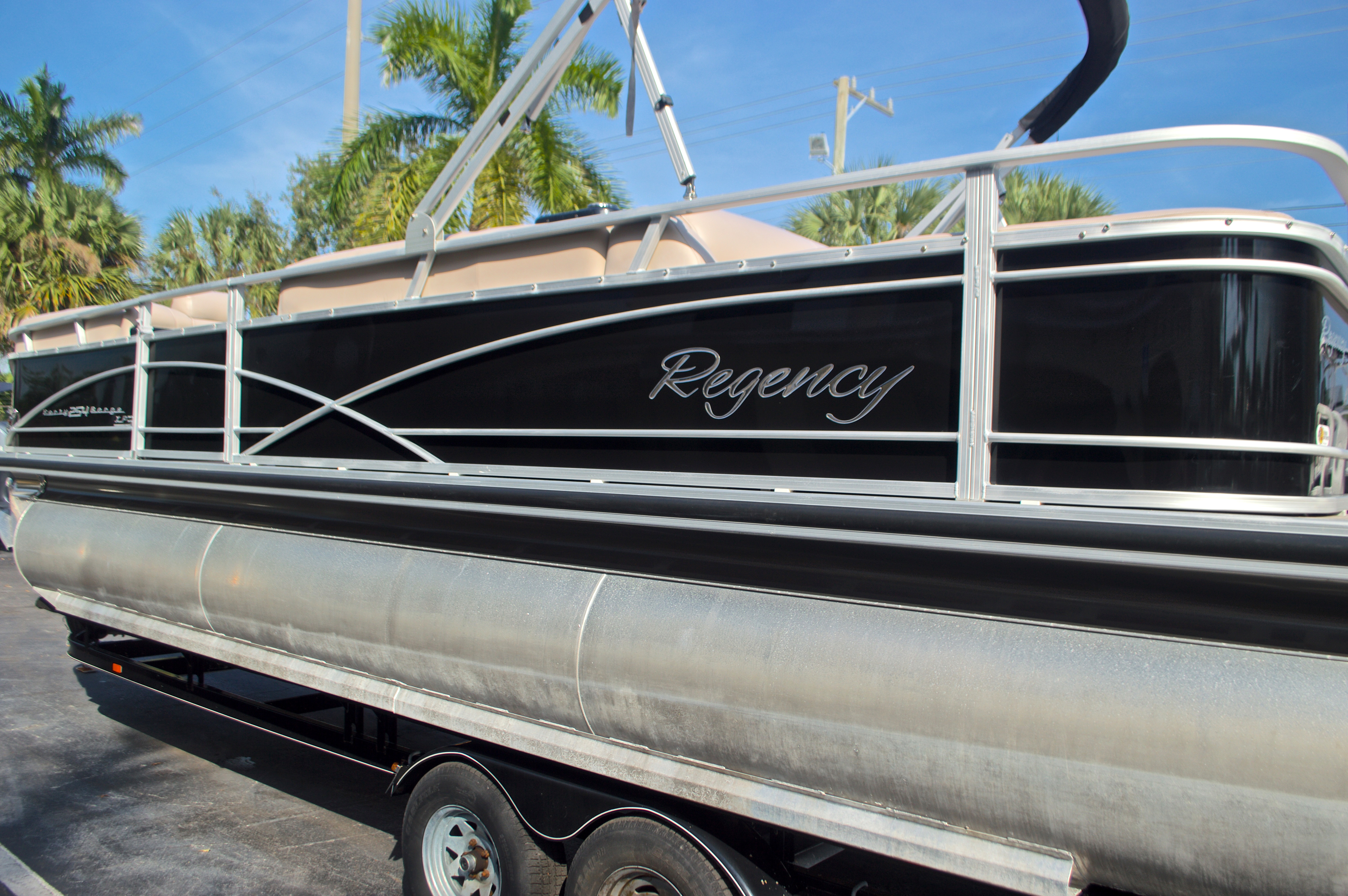 Thumbnail 7 for Used 2014 Regency Party Barge 254 XP3 boat for sale in West Palm Beach, FL