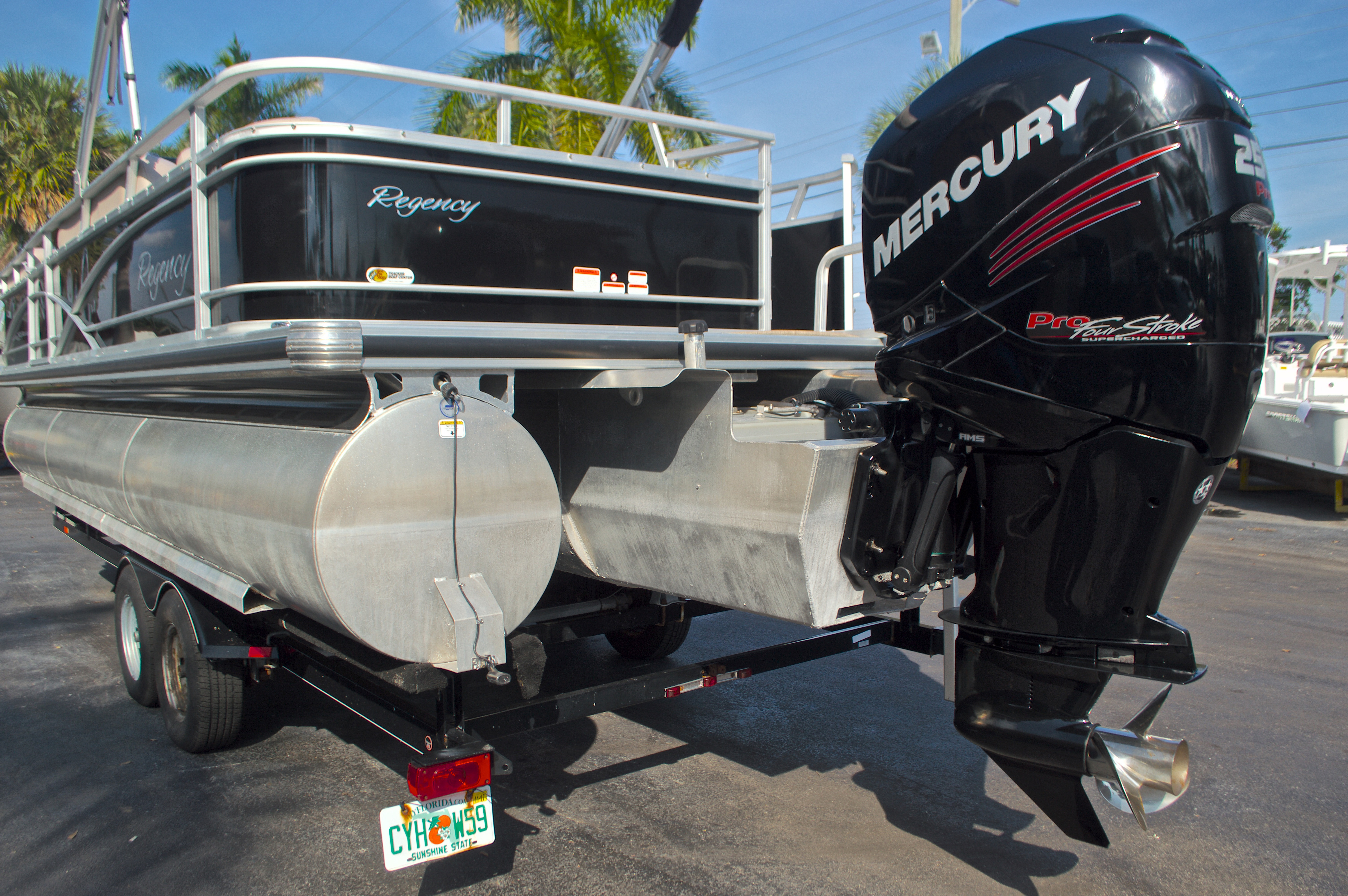 Thumbnail 8 for Used 2014 Regency Party Barge 254 XP3 boat for sale in West Palm Beach, FL