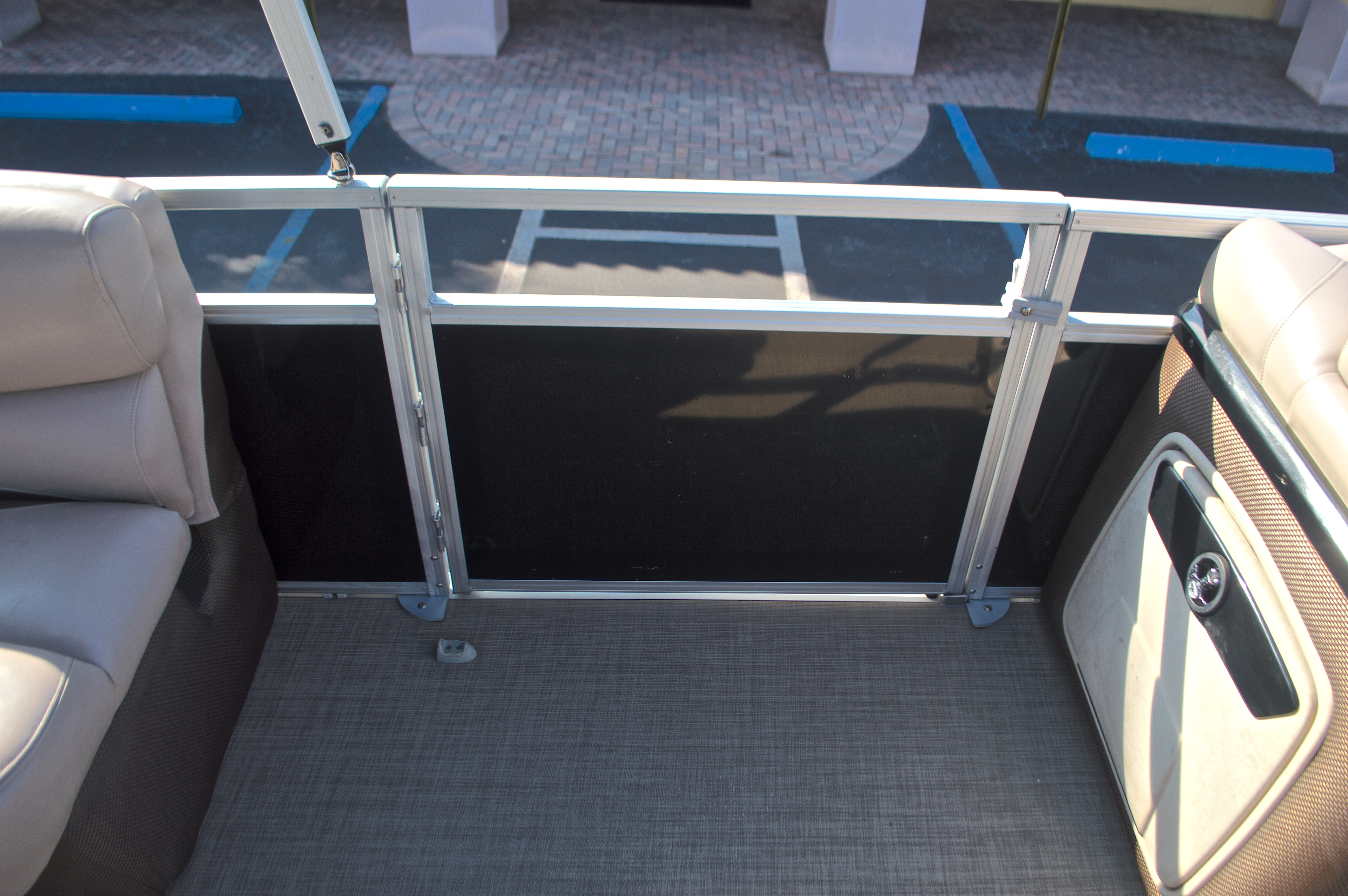 Thumbnail 27 for Used 2014 Regency Party Barge 254 XP3 boat for sale in West Palm Beach, FL