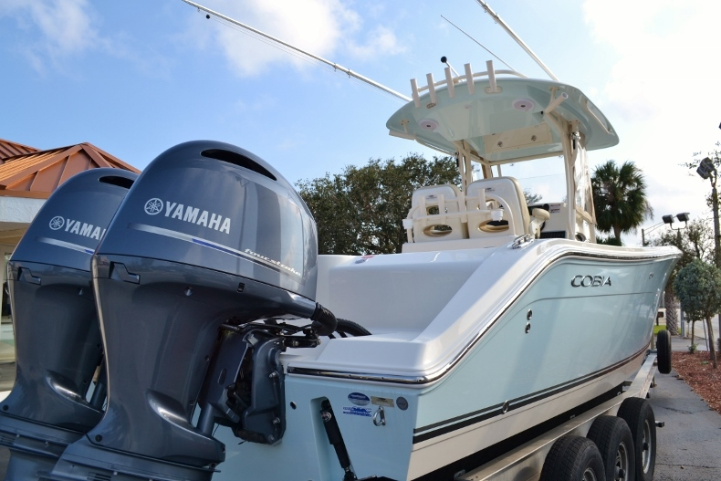 Thumbnail 4 for Used 2016 Cobia 277 Center Console boat for sale in Vero Beach, FL