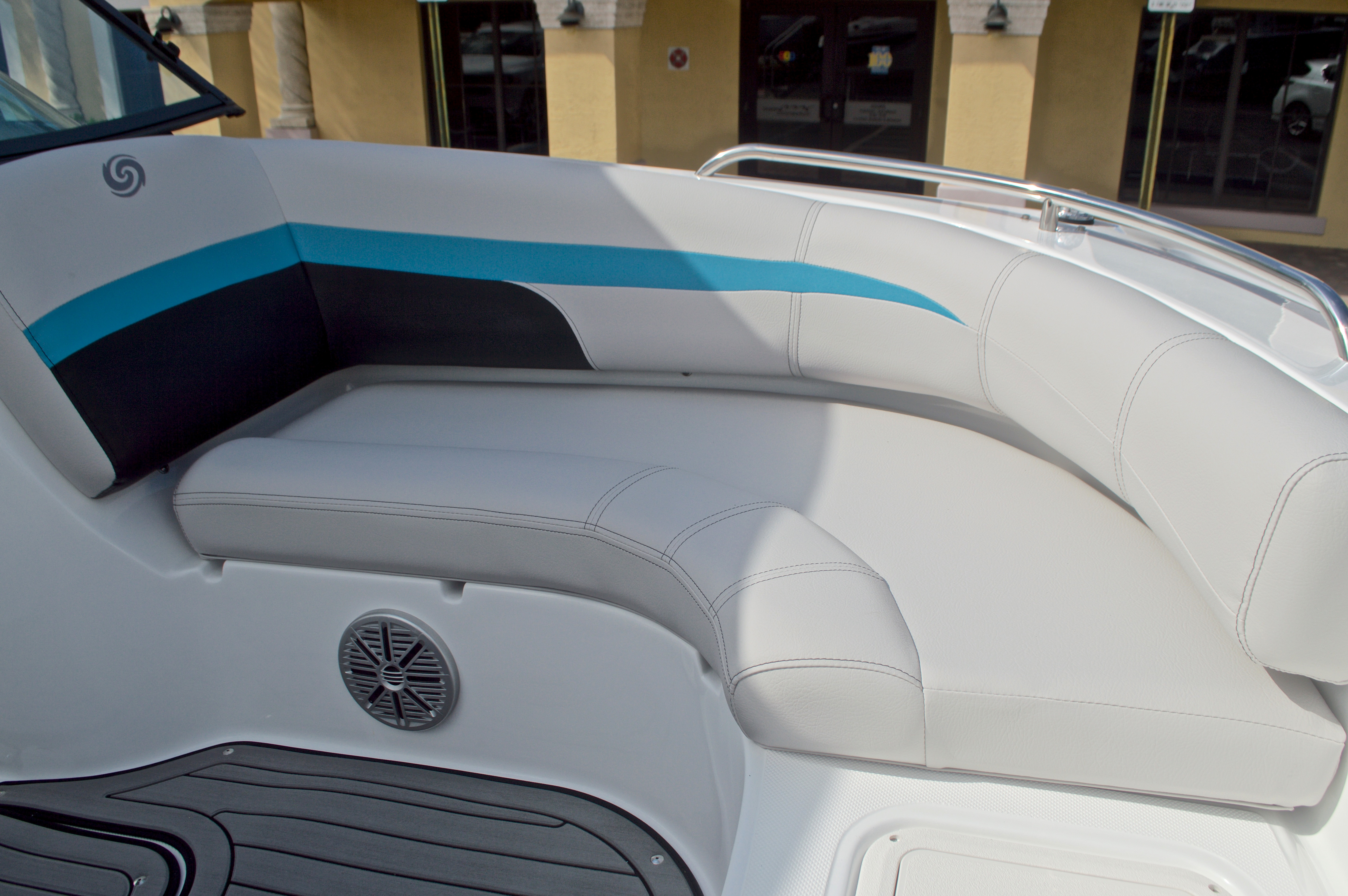 Thumbnail 38 for New 2017 Hurricane SunDeck SD 187 OB boat for sale in West Palm Beach, FL