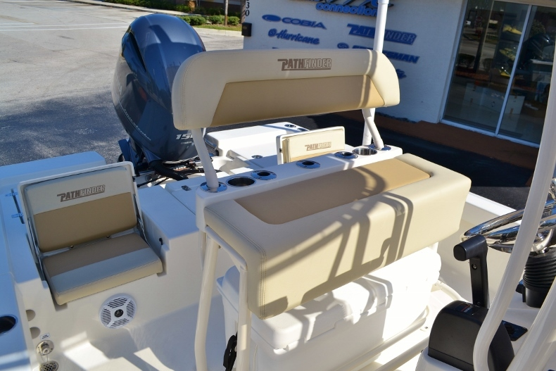 Thumbnail 13 for New 2017 Pathfinder 2200 TRS Bay Boat boat for sale in Vero Beach, FL