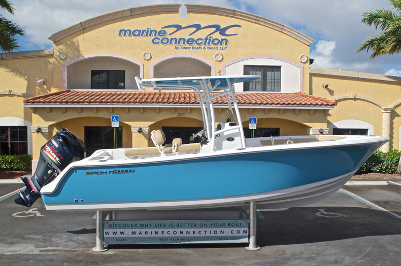 Photo for 2017 Sportsman Open 232 Center Console