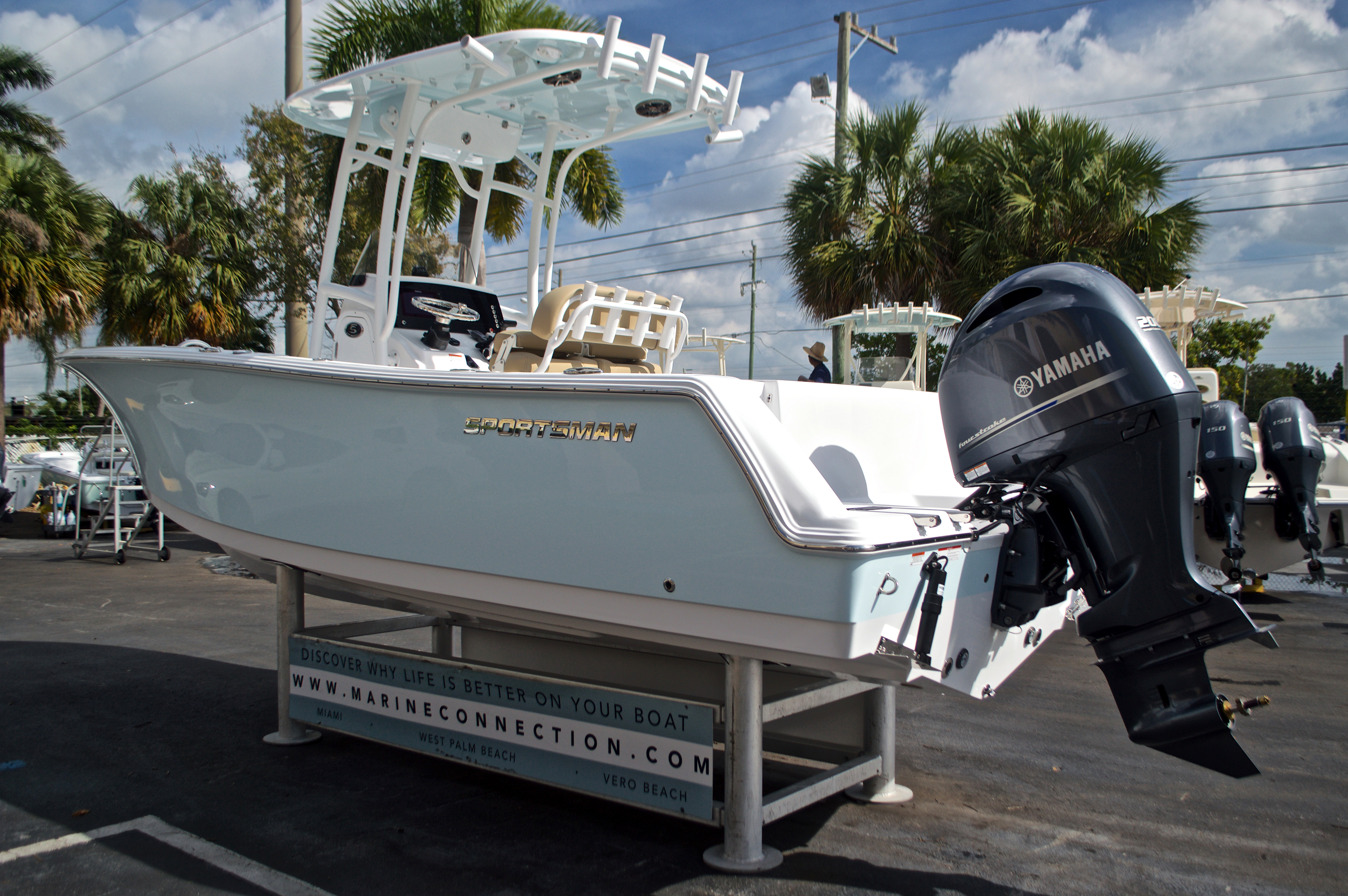 Thumbnail 6 for New 2017 Sportsman Open 232 Center Console boat for sale in West Palm Beach, FL