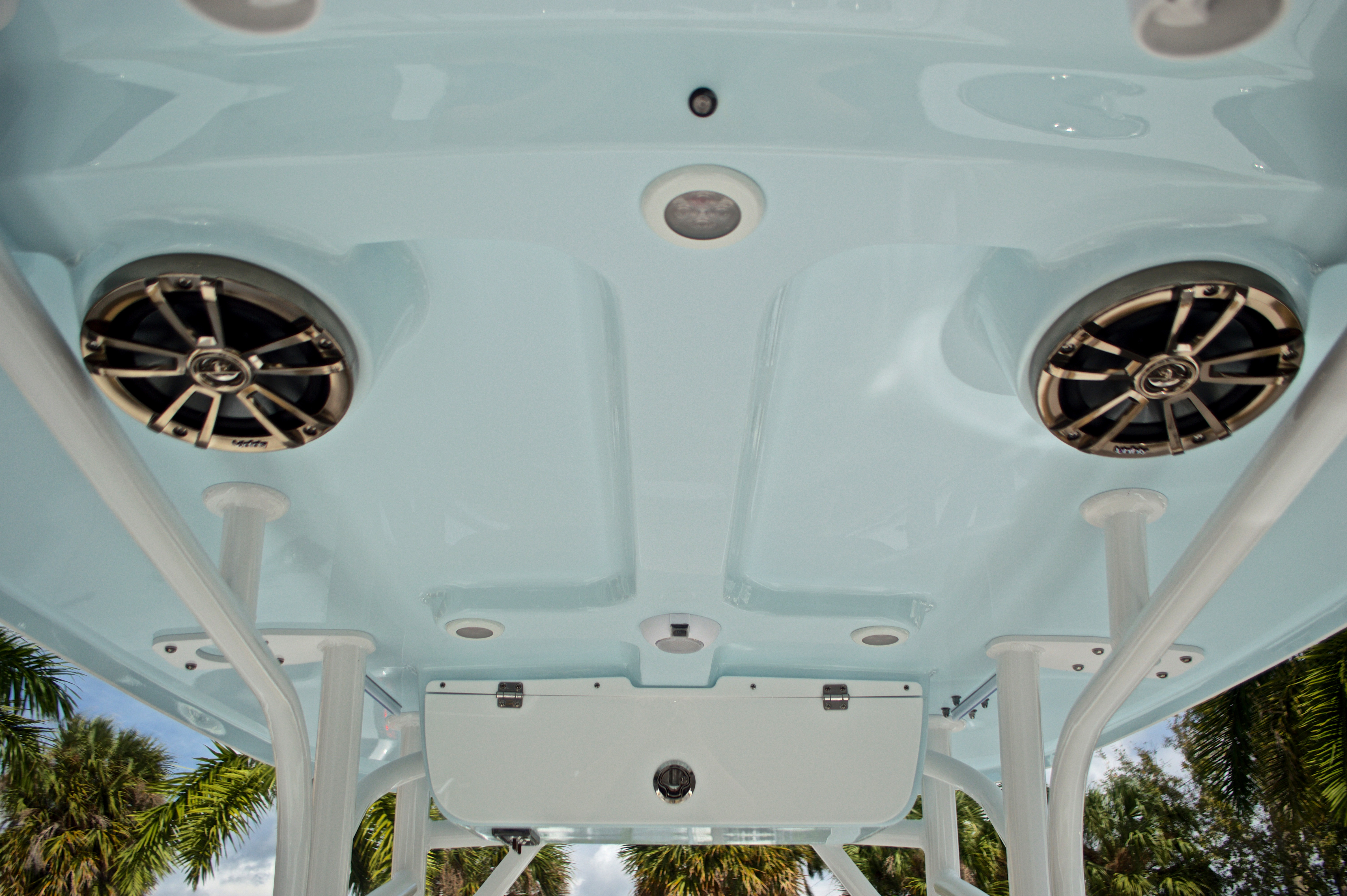 Thumbnail 26 for New 2017 Sportsman Open 232 Center Console boat for sale in West Palm Beach, FL