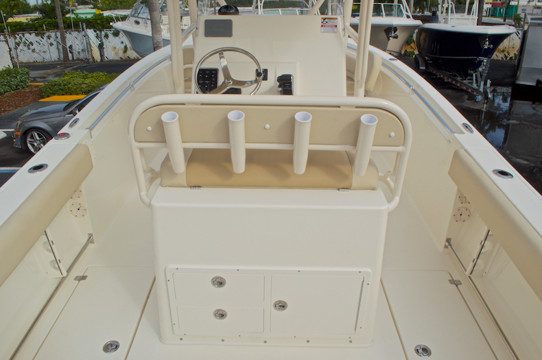 Thumbnail 13 for New 2017 Cobia 237 Center Console boat for sale in Miami, FL