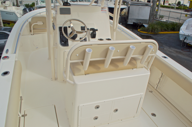 Thumbnail 12 for New 2017 Cobia 237 Center Console boat for sale in Miami, FL