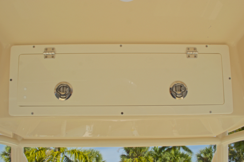 Thumbnail 45 for New 2017 Cobia 237 Center Console boat for sale in Miami, FL