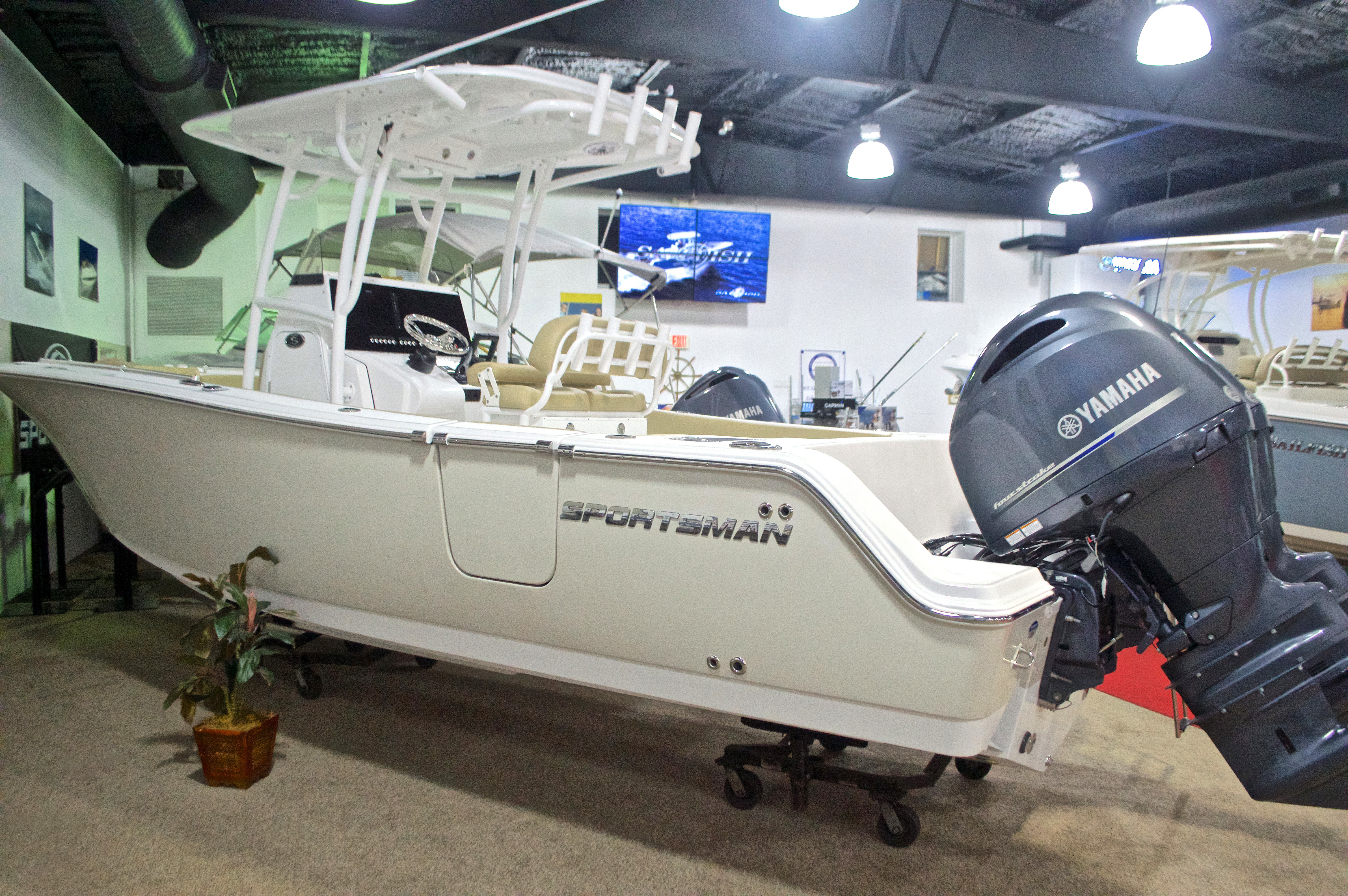 Photo for 2017 Sportsman Open 252 Center Console