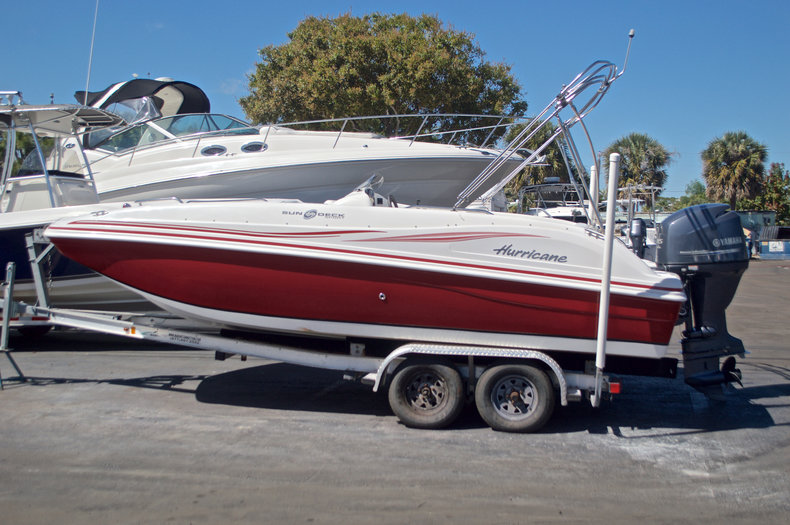 Photo for 2012 Hurricane SunDeck Sport SS 188 OB