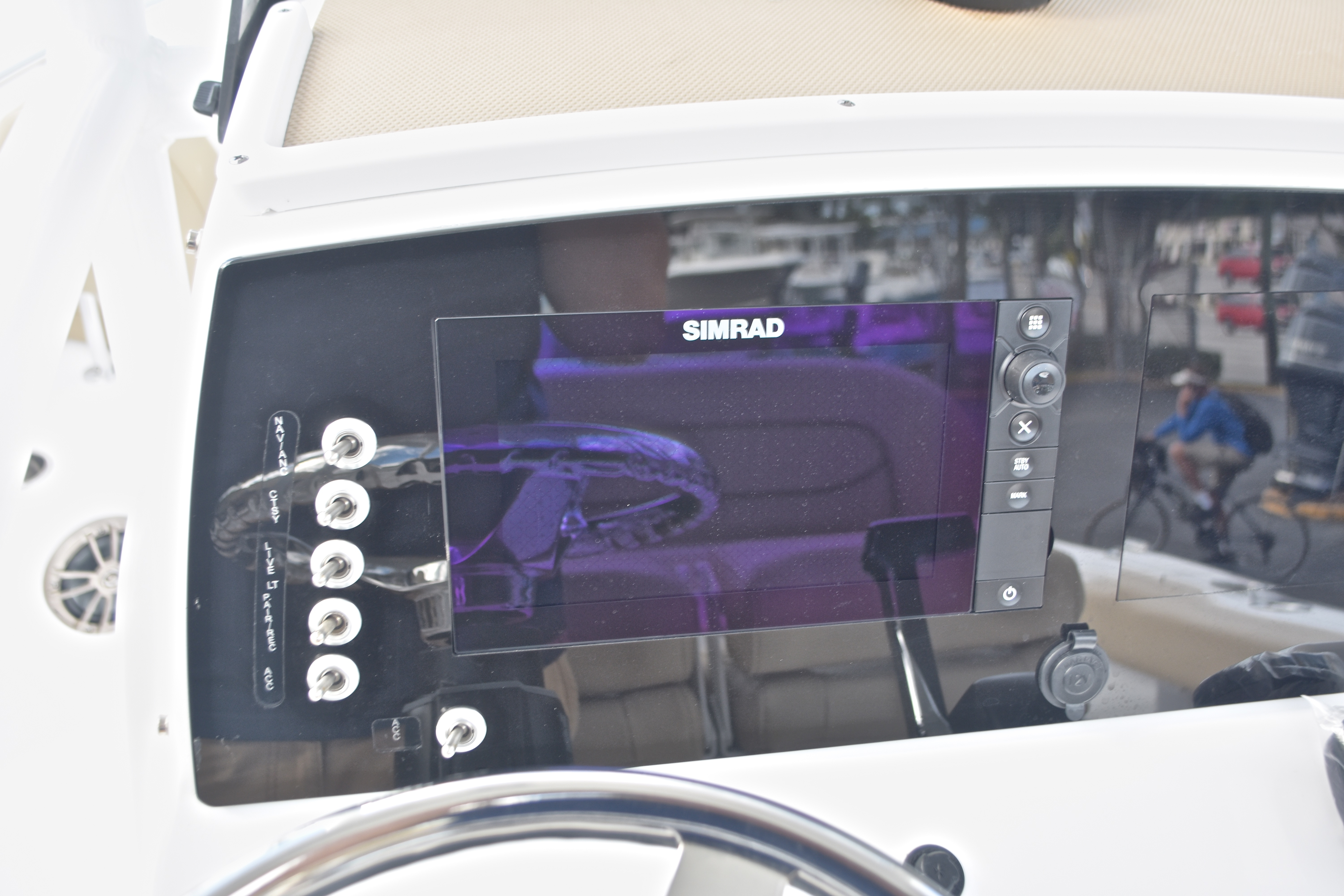 Thumbnail 35 for New 2017 Sportsman Open 232 Center Console boat for sale in West Palm Beach, FL
