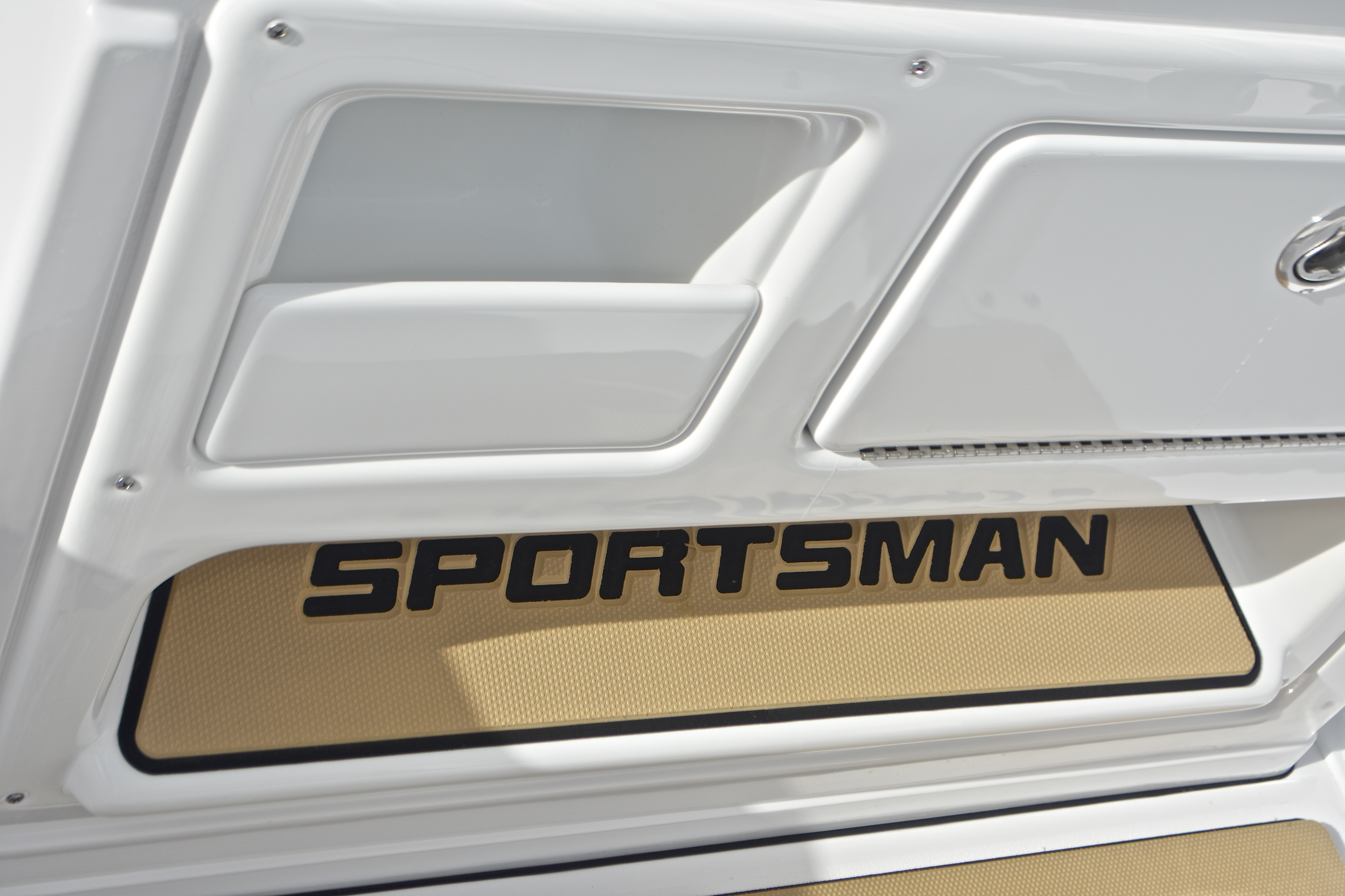 Thumbnail 44 for New 2017 Sportsman Open 232 Center Console boat for sale in West Palm Beach, FL