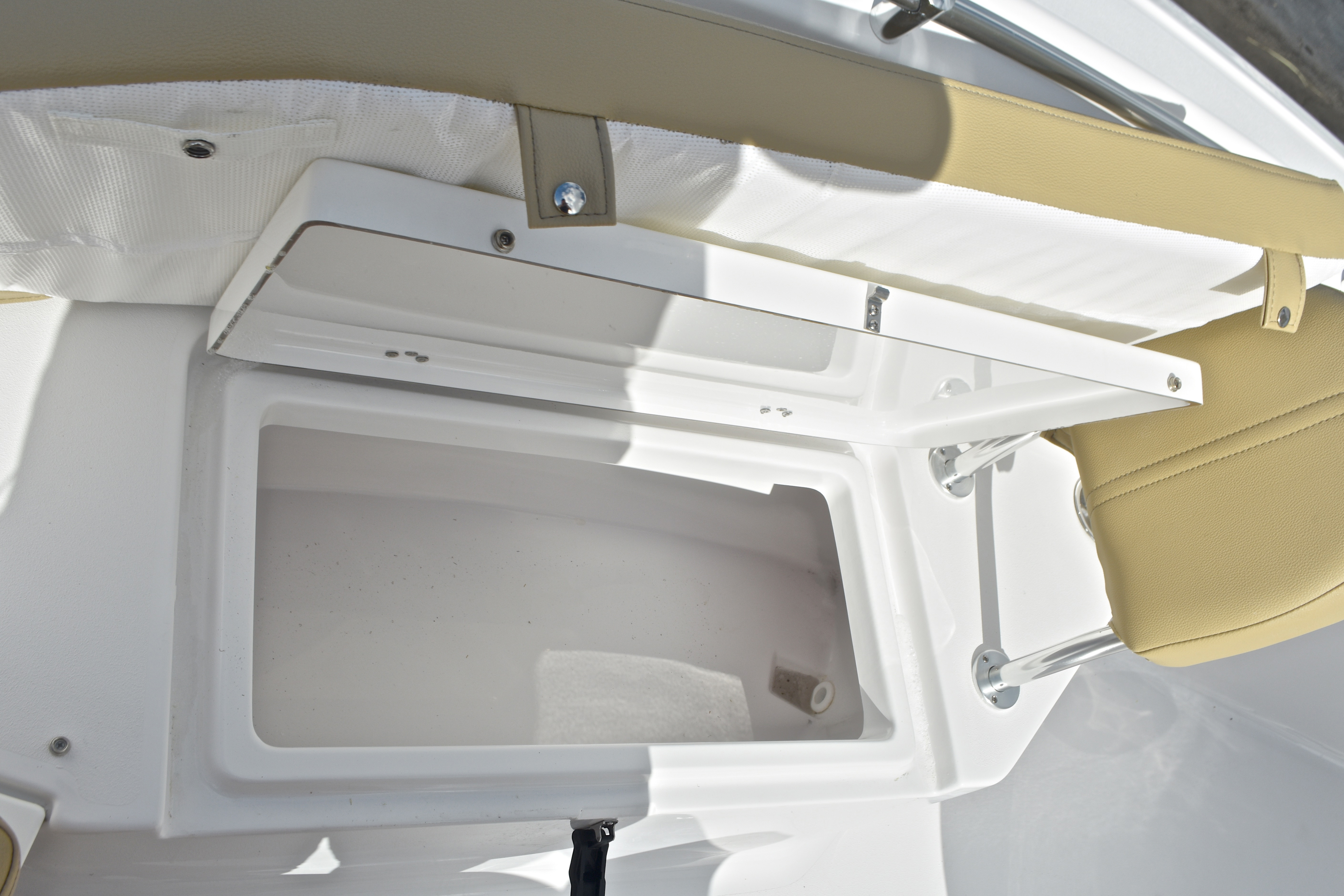 Thumbnail 58 for New 2017 Sportsman Open 232 Center Console boat for sale in West Palm Beach, FL