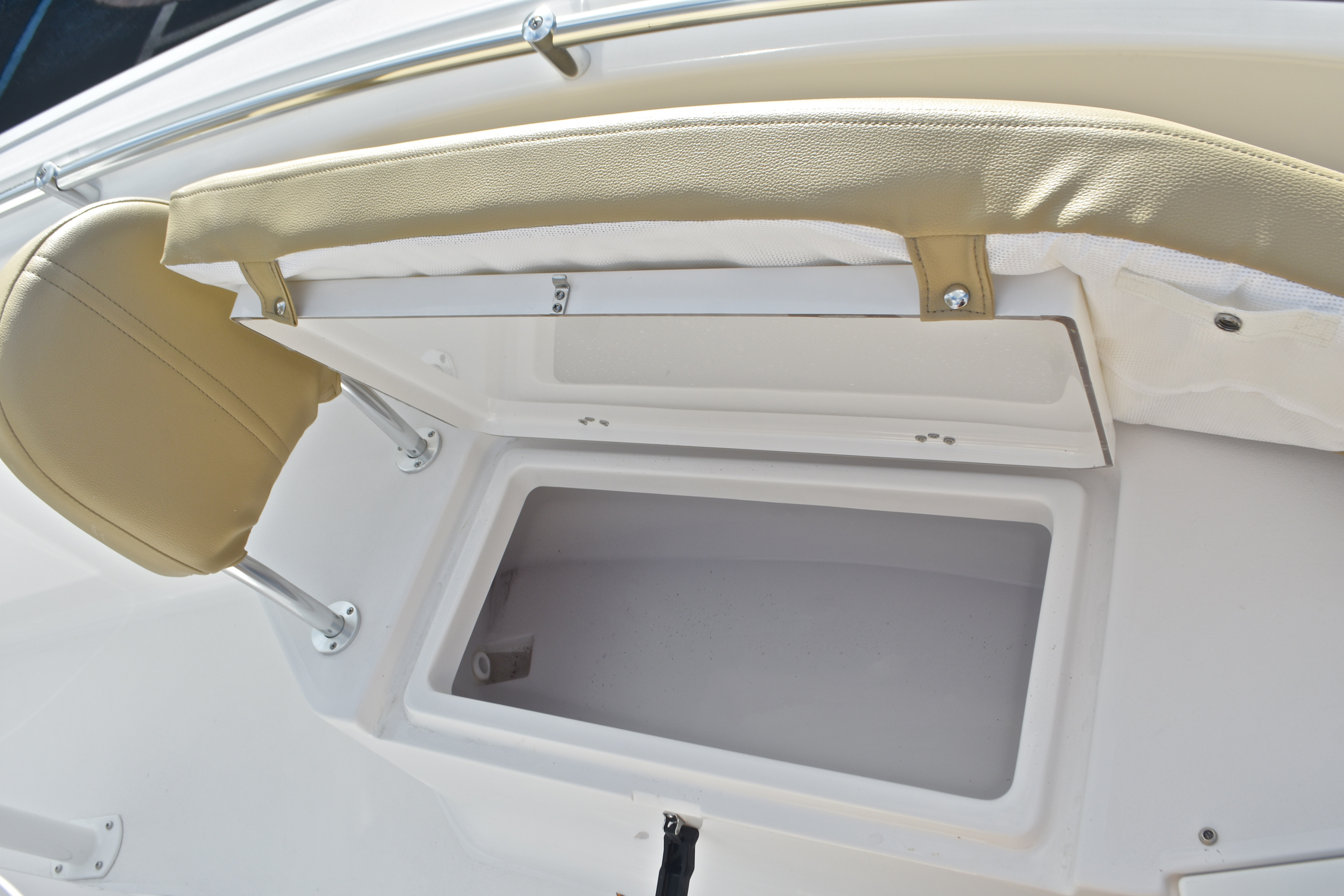 Thumbnail 56 for New 2017 Sportsman Open 232 Center Console boat for sale in West Palm Beach, FL