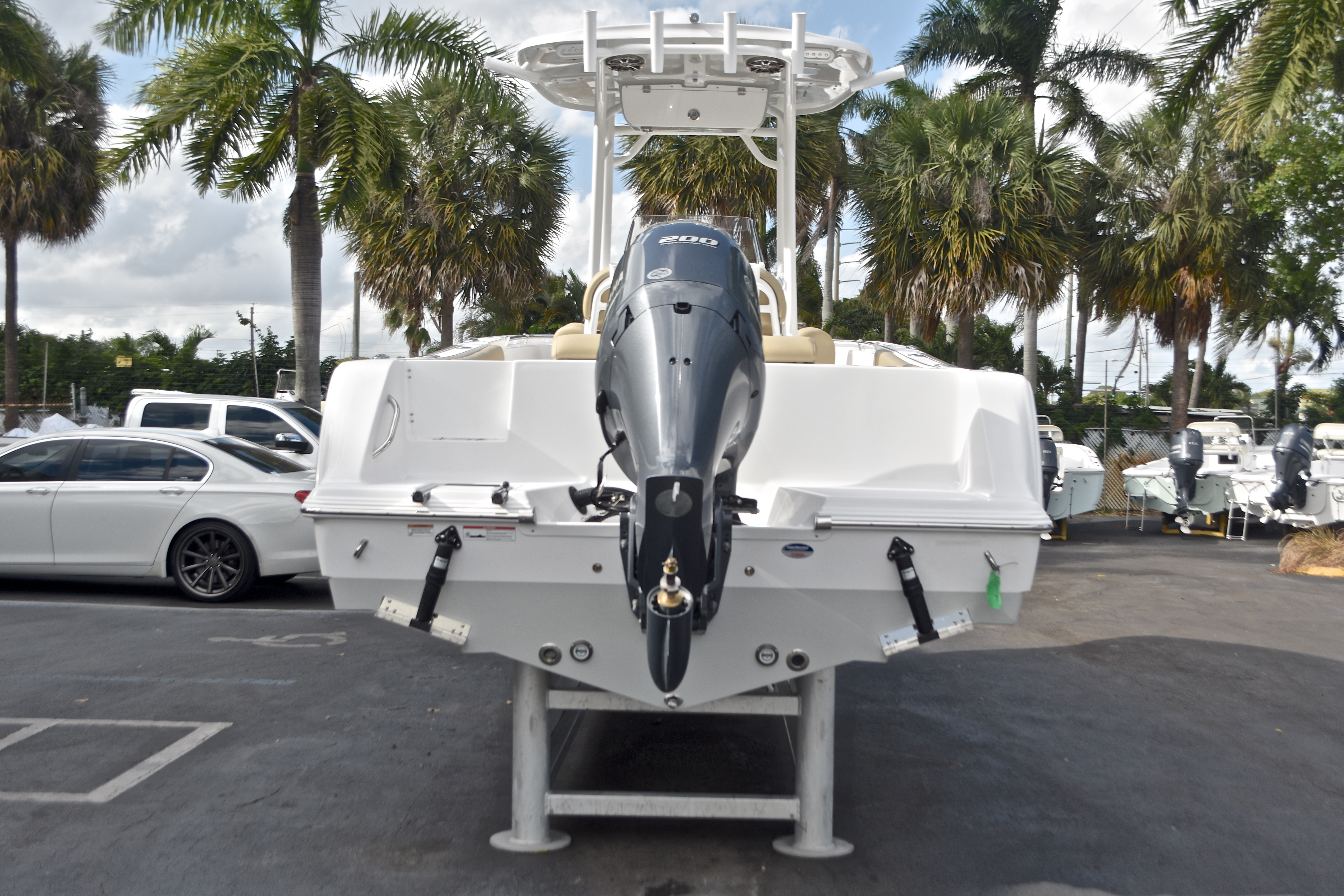 Thumbnail 7 for New 2017 Sportsman Open 232 Center Console boat for sale in West Palm Beach, FL