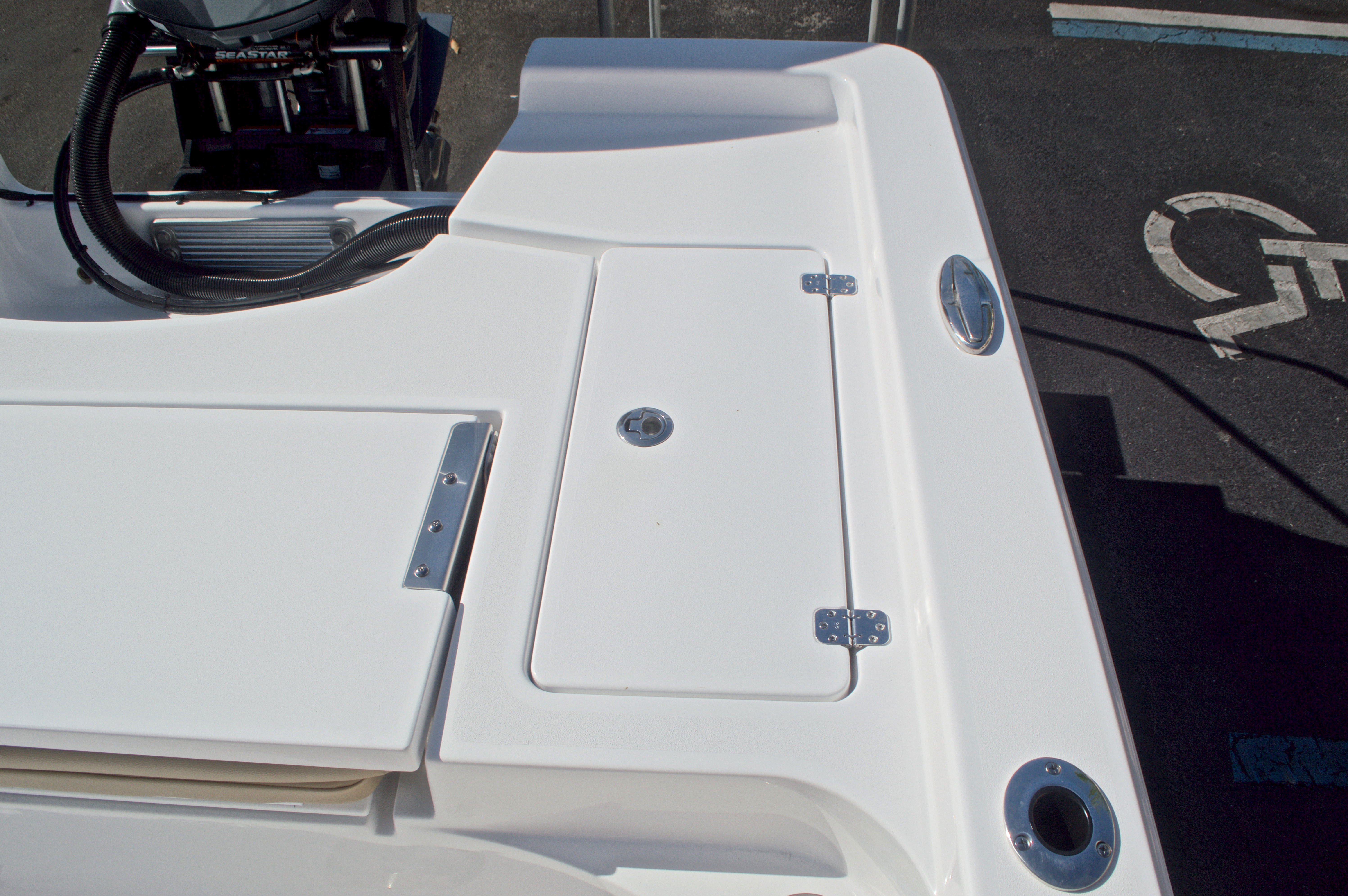 Thumbnail 18 for New 2017 Sportsman Masters 247 Bay Boat boat for sale in West Palm Beach, FL