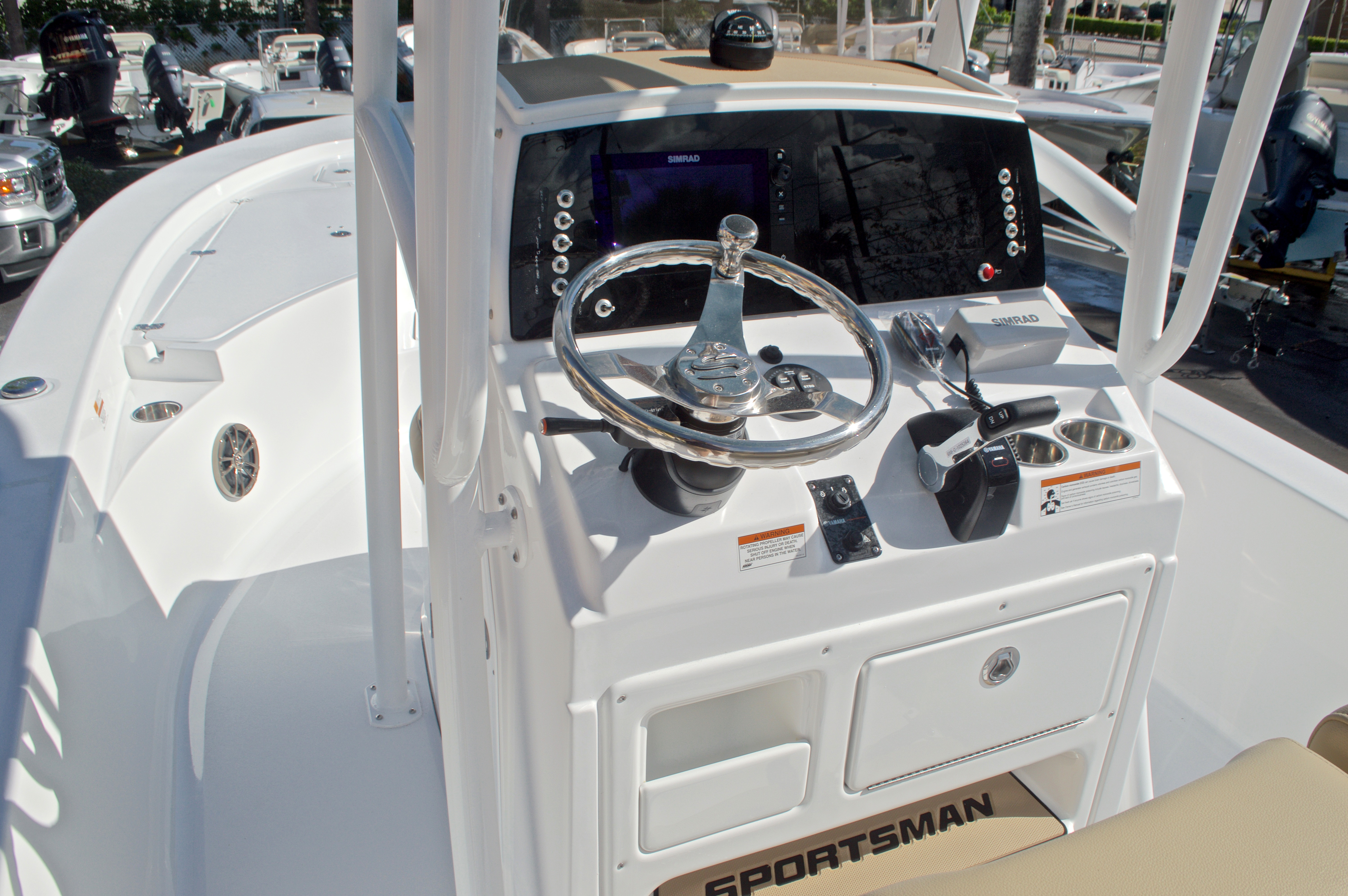 Thumbnail 26 for New 2017 Sportsman Masters 247 Bay Boat boat for sale in West Palm Beach, FL