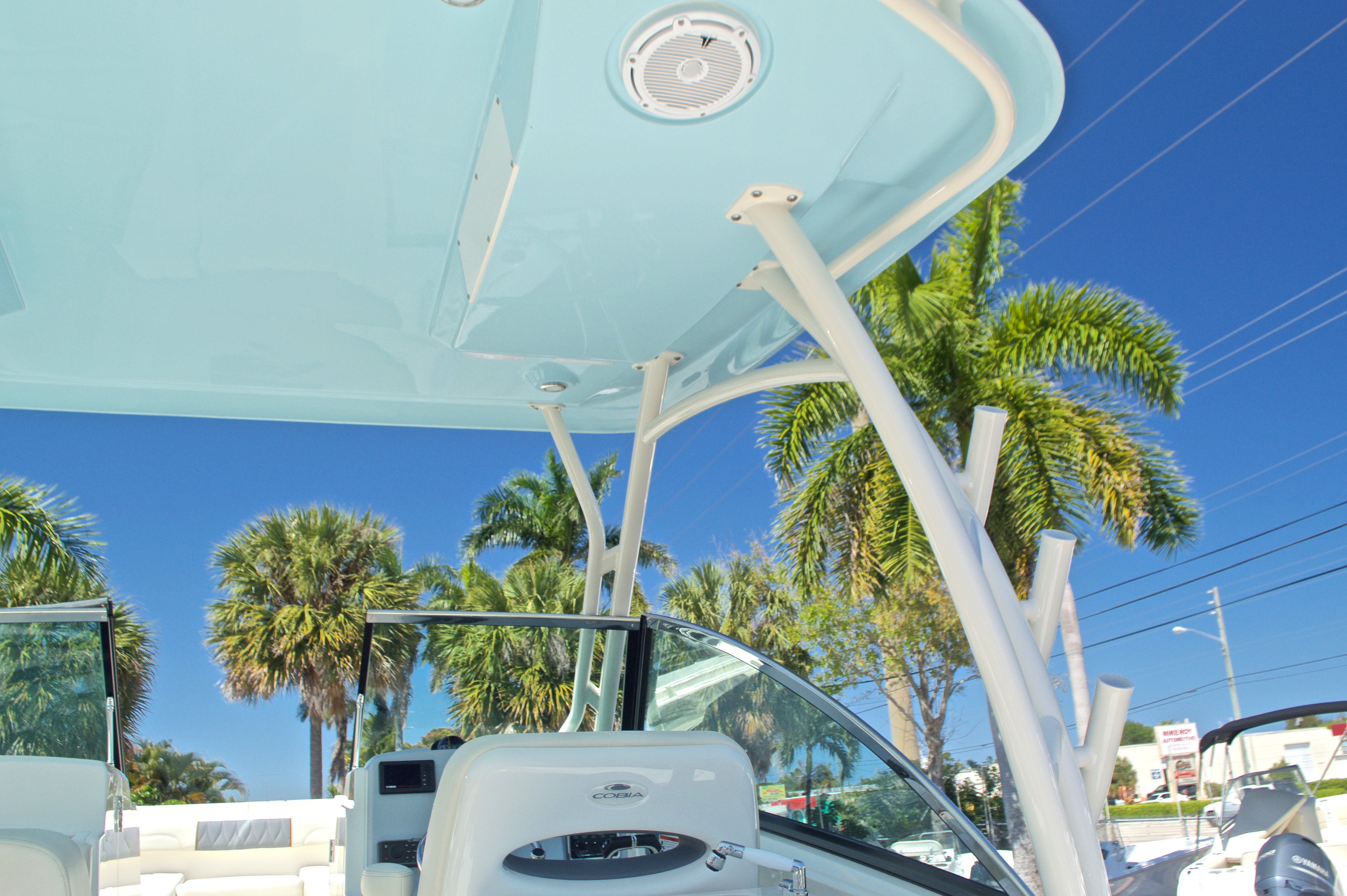 Thumbnail 109 for New 2017 Cobia 280 DC Dual Console boat for sale in West Palm Beach, FL