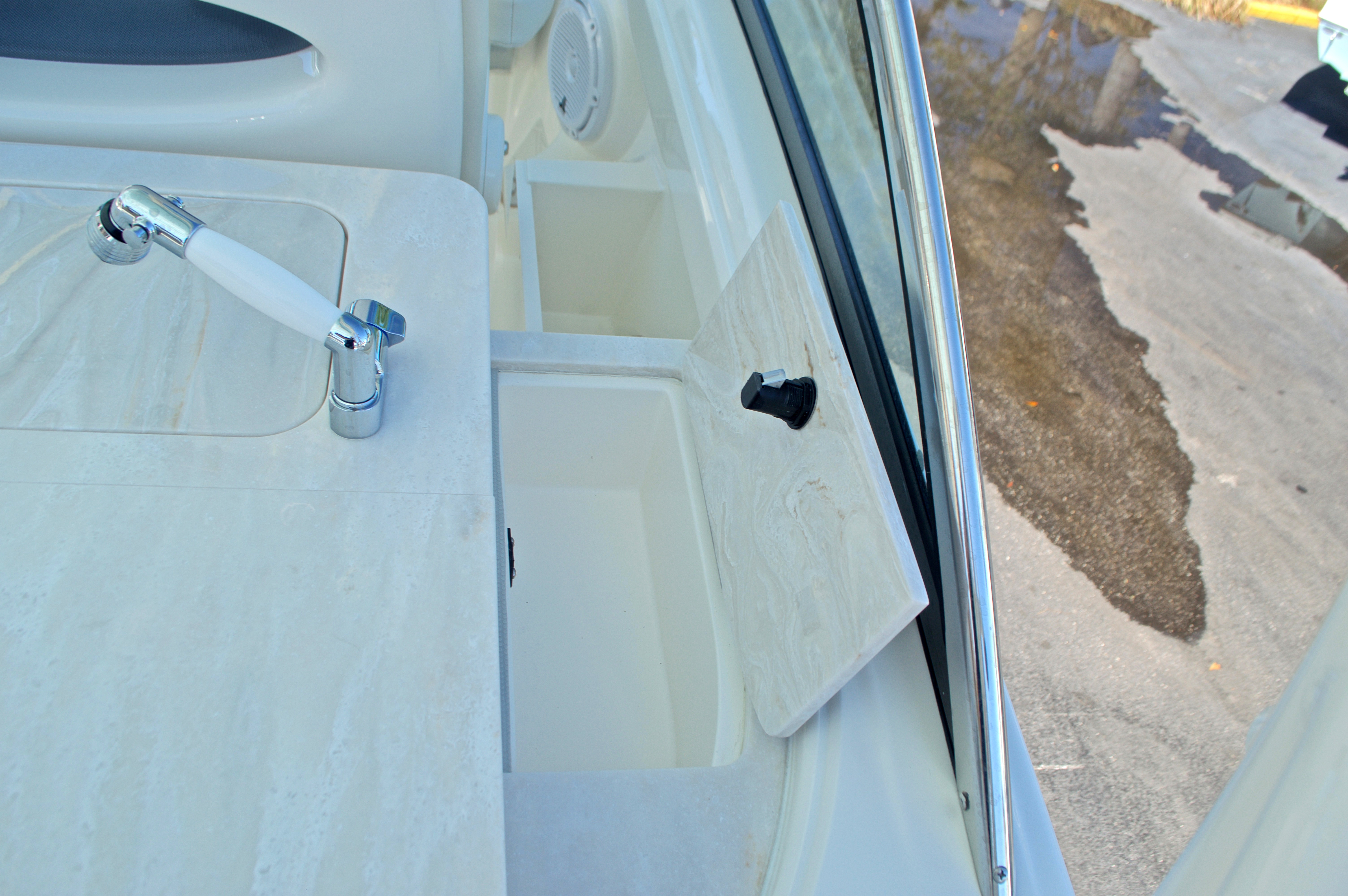 Thumbnail 87 for New 2017 Cobia 280 DC Dual Console boat for sale in West Palm Beach, FL