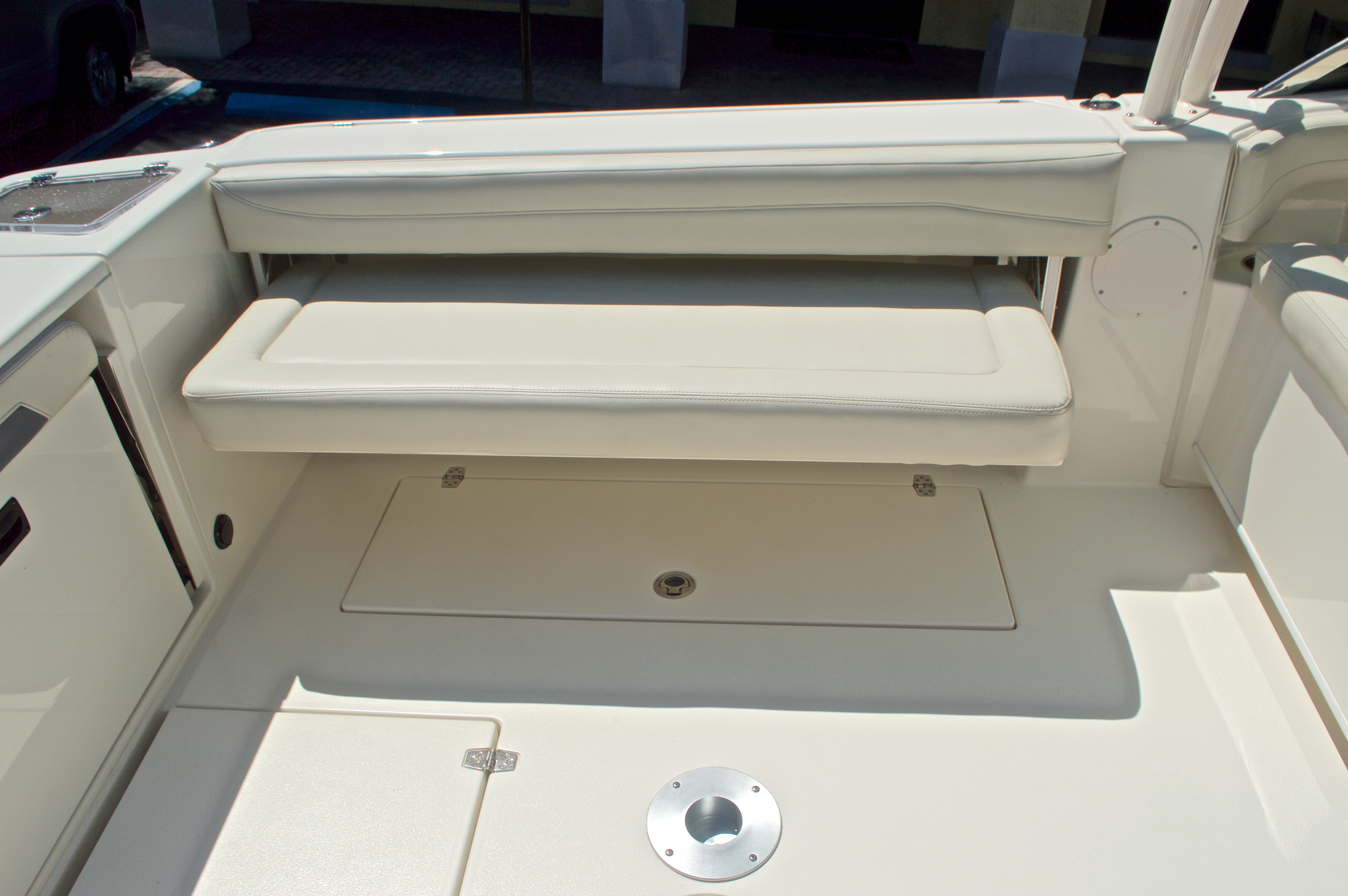 Thumbnail 71 for New 2017 Cobia 280 DC Dual Console boat for sale in West Palm Beach, FL