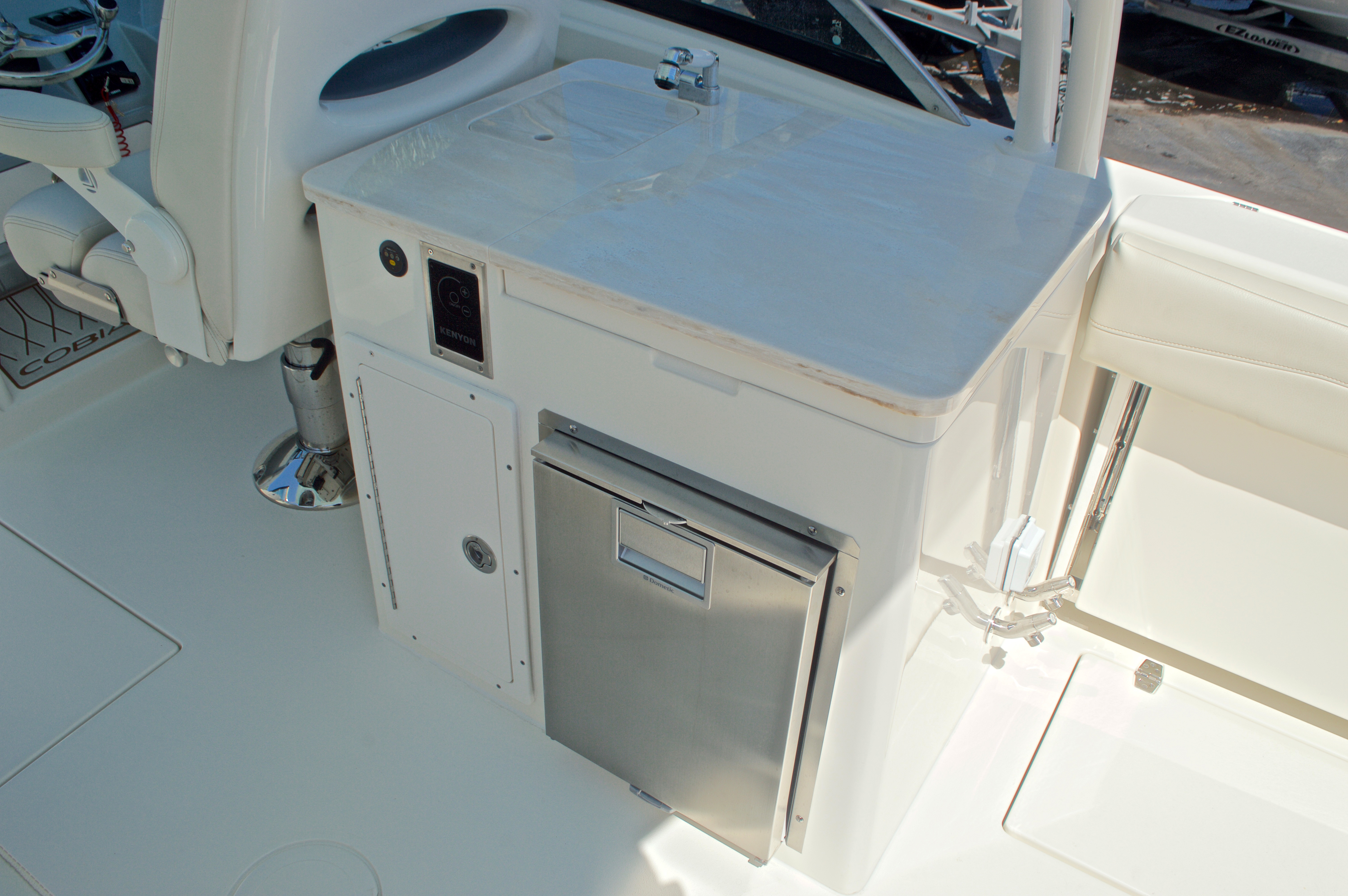 Thumbnail 78 for New 2017 Cobia 280 DC Dual Console boat for sale in West Palm Beach, FL