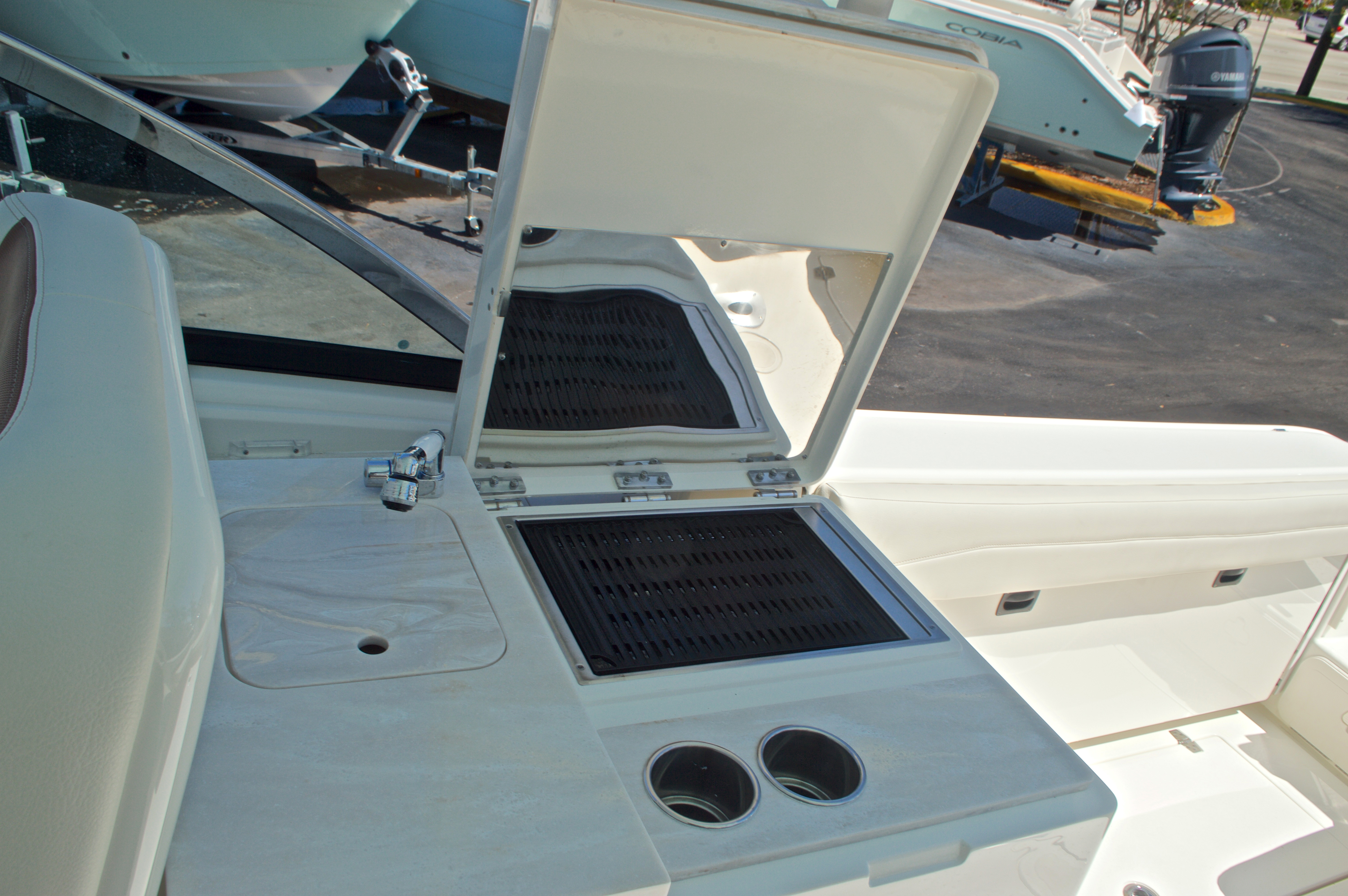 Thumbnail 80 for New 2017 Cobia 280 DC Dual Console boat for sale in West Palm Beach, FL