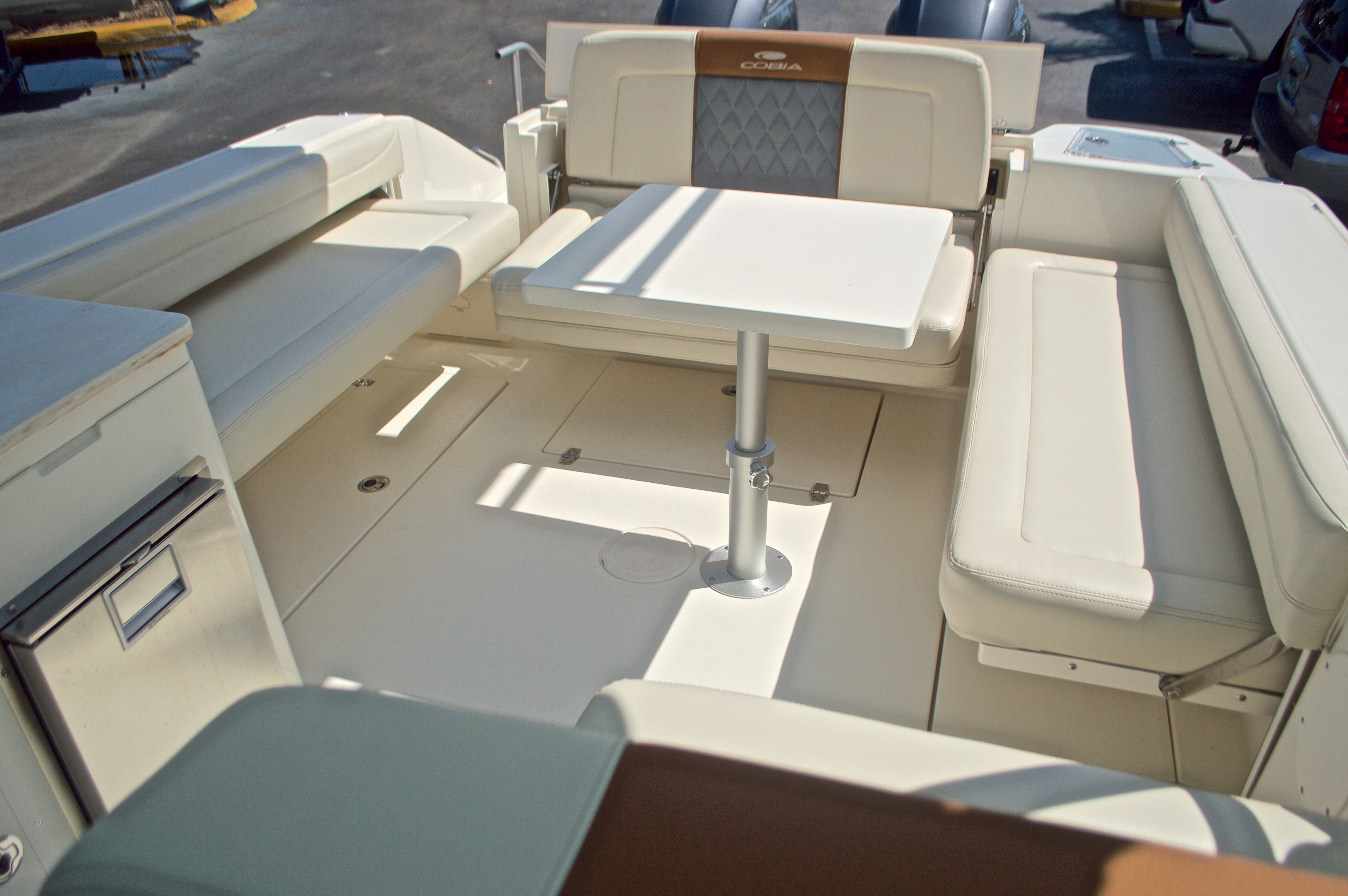 Thumbnail 74 for New 2017 Cobia 280 DC Dual Console boat for sale in West Palm Beach, FL