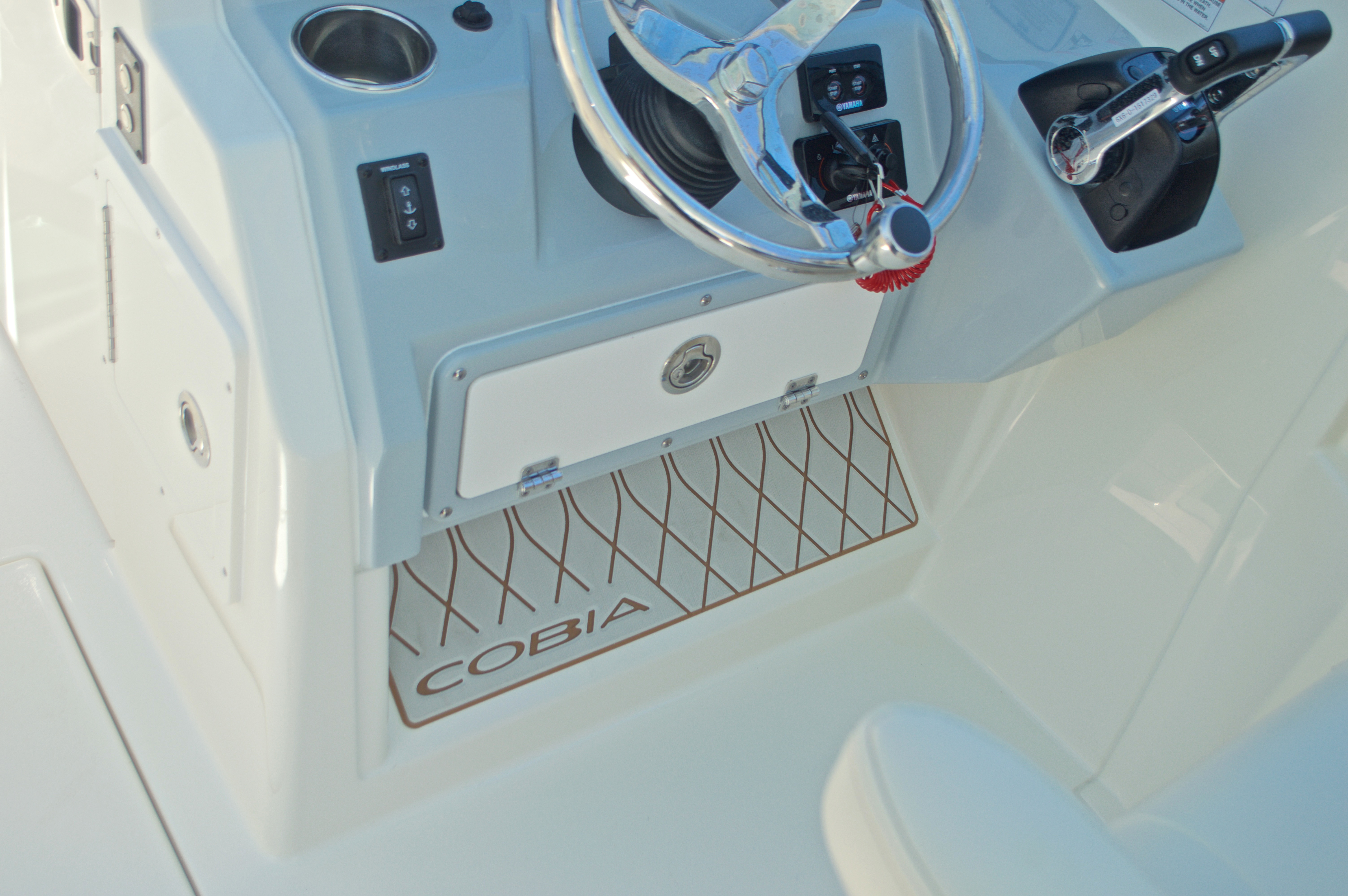 Thumbnail 105 for New 2017 Cobia 280 DC Dual Console boat for sale in West Palm Beach, FL