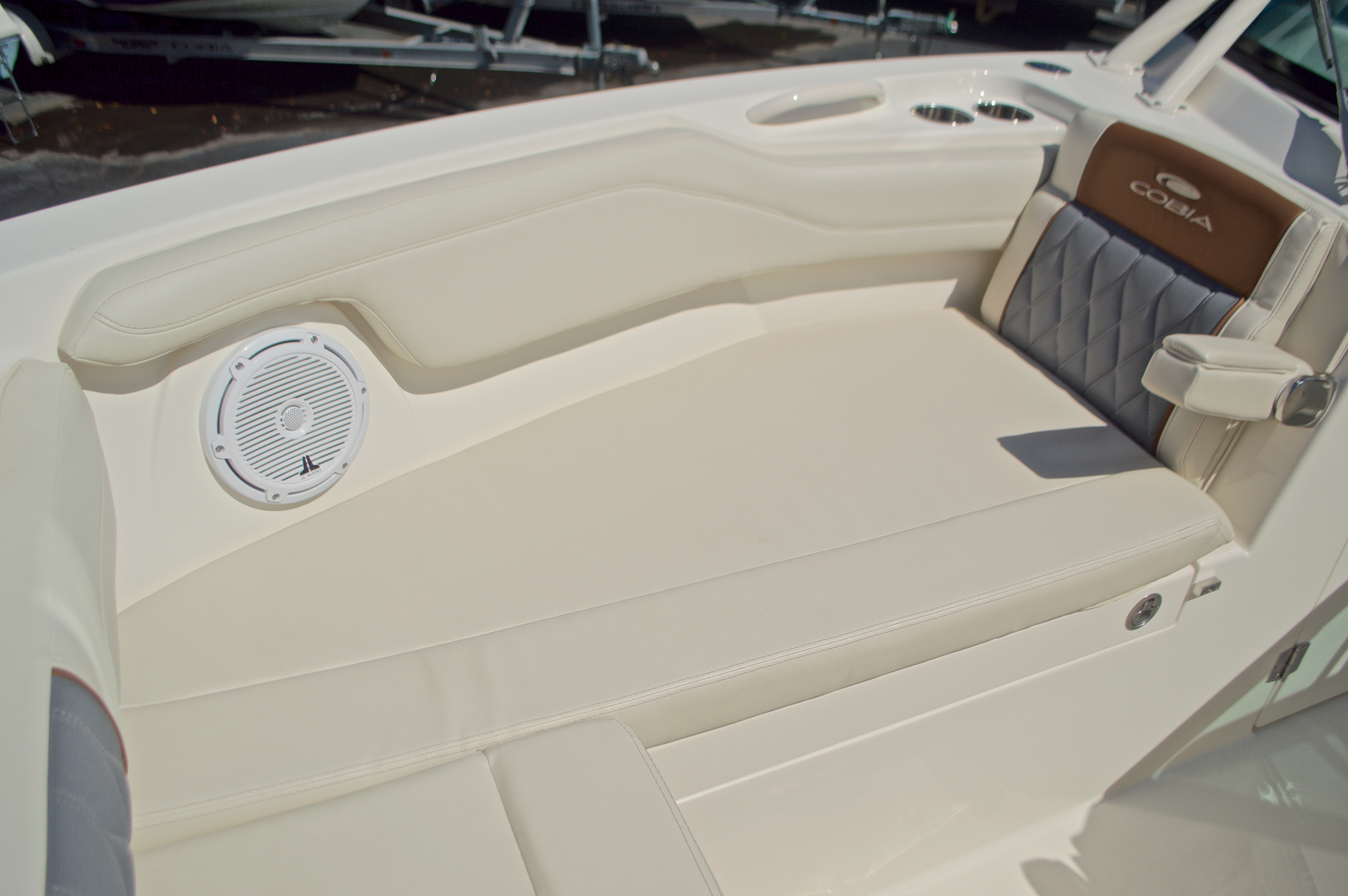 Thumbnail 123 for New 2017 Cobia 280 DC Dual Console boat for sale in West Palm Beach, FL
