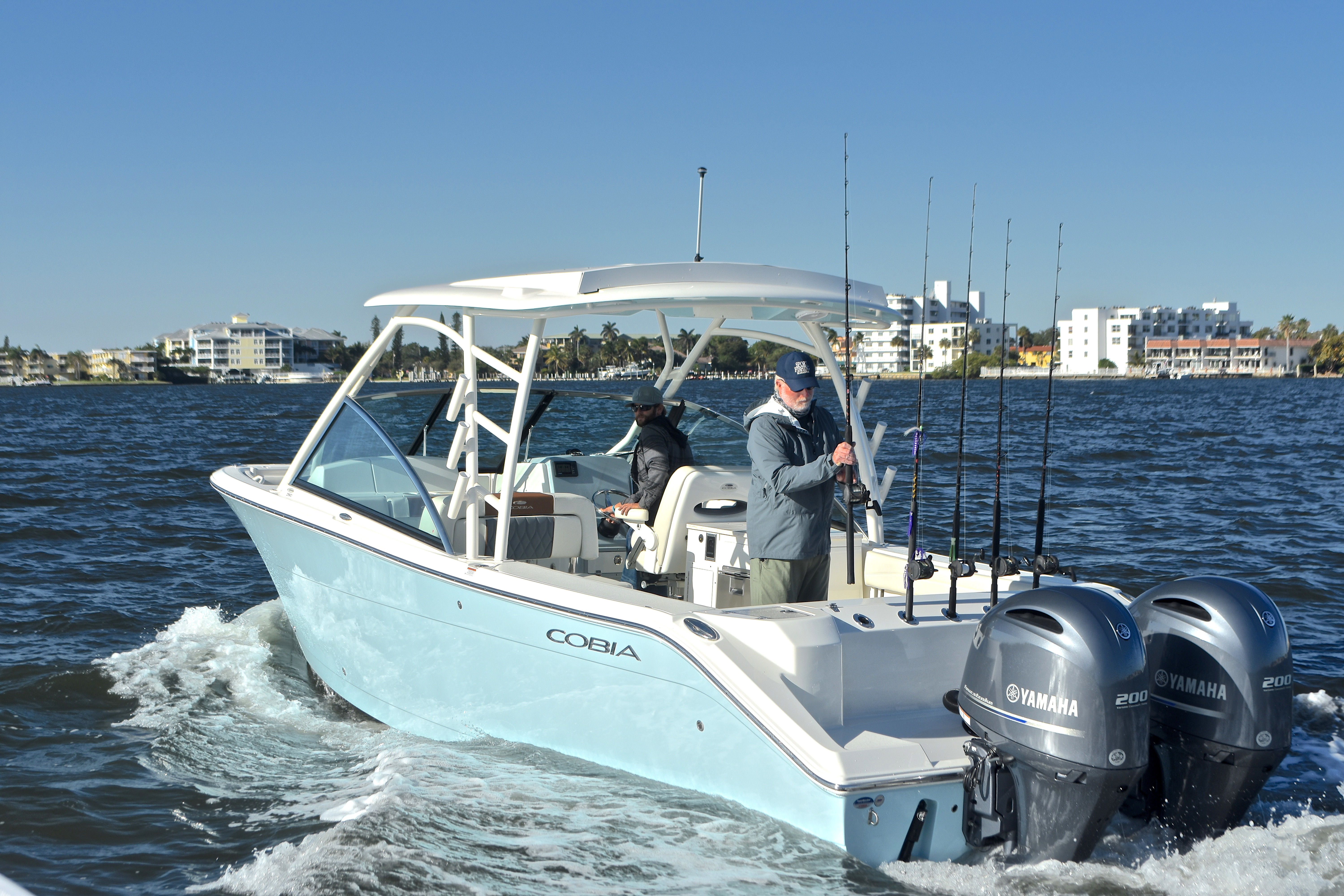 Thumbnail 13 for New 2017 Cobia 280 DC Dual Console boat for sale in West Palm Beach, FL