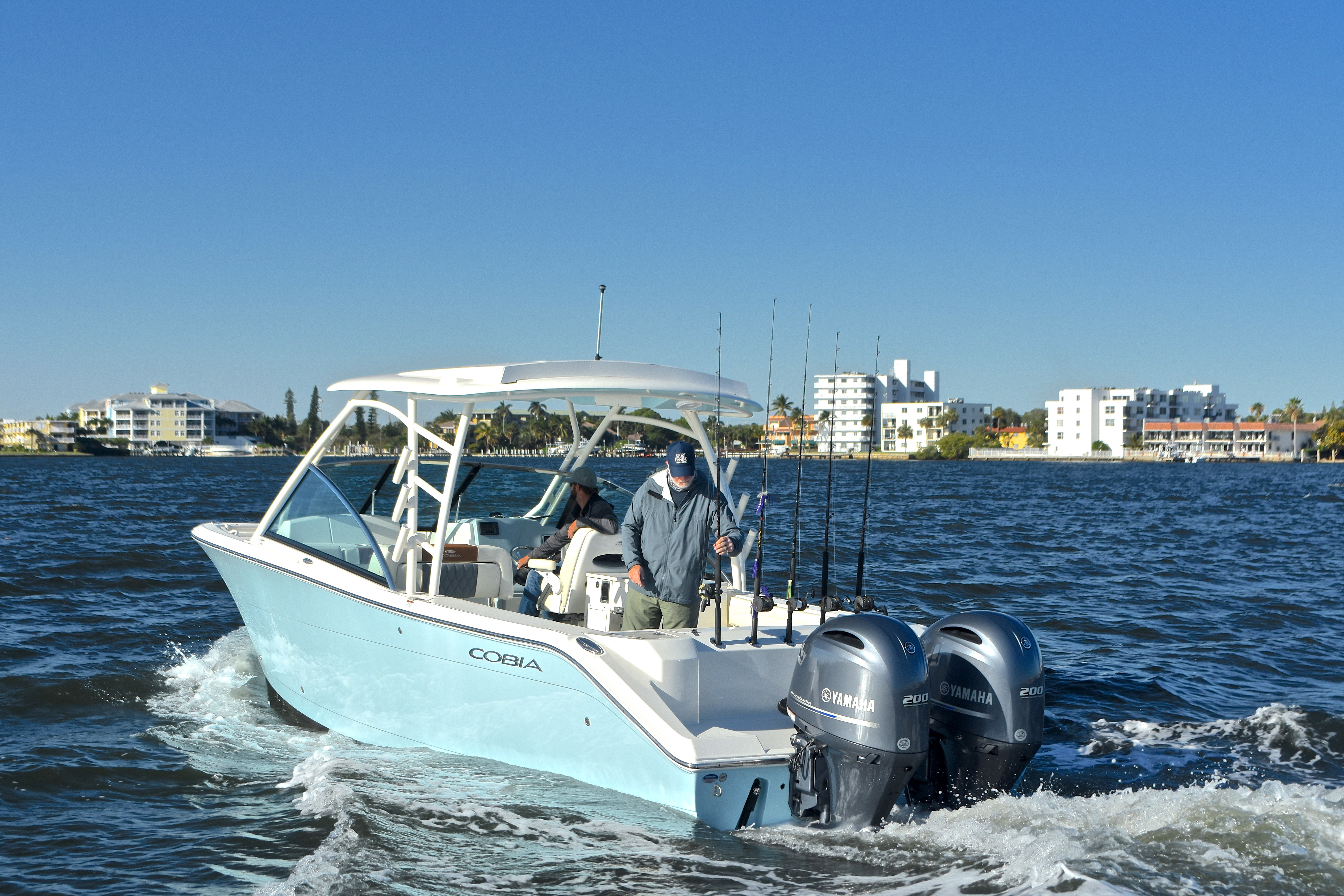 Thumbnail 14 for New 2017 Cobia 280 DC Dual Console boat for sale in West Palm Beach, FL