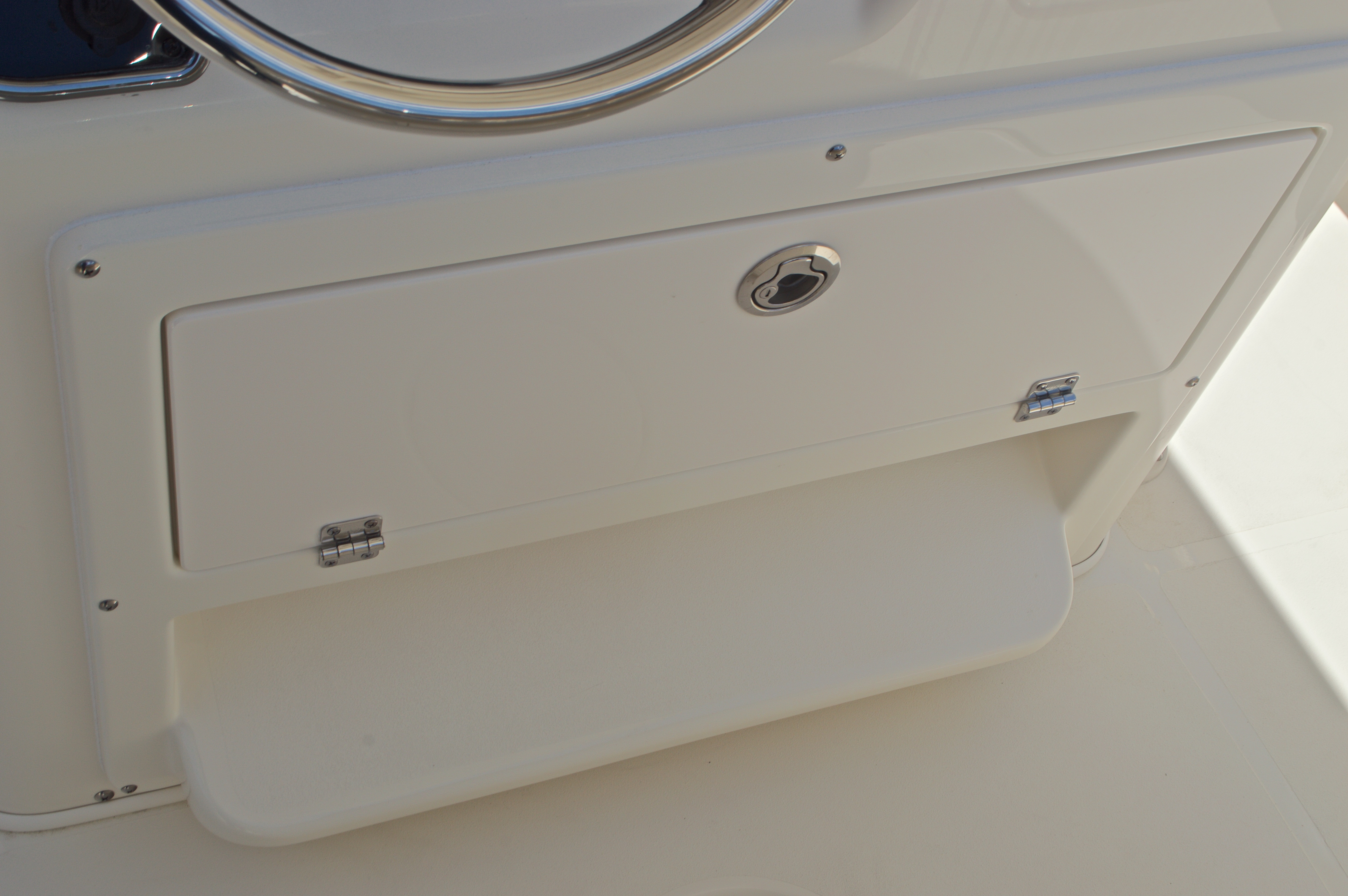 Thumbnail 37 for New 2017 Cobia 237 Center Console boat for sale in West Palm Beach, FL