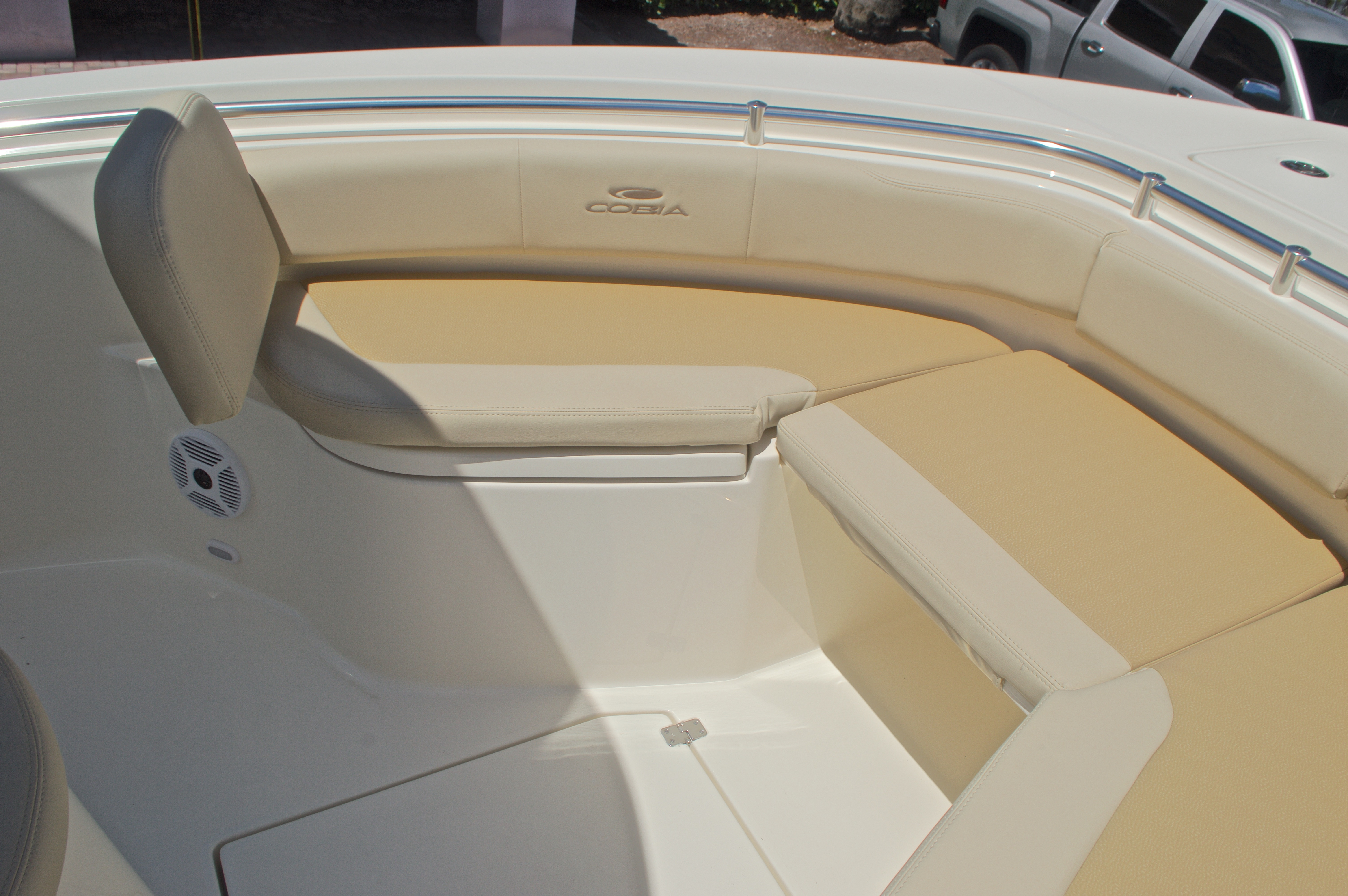 Thumbnail 52 for New 2017 Cobia 237 Center Console boat for sale in West Palm Beach, FL