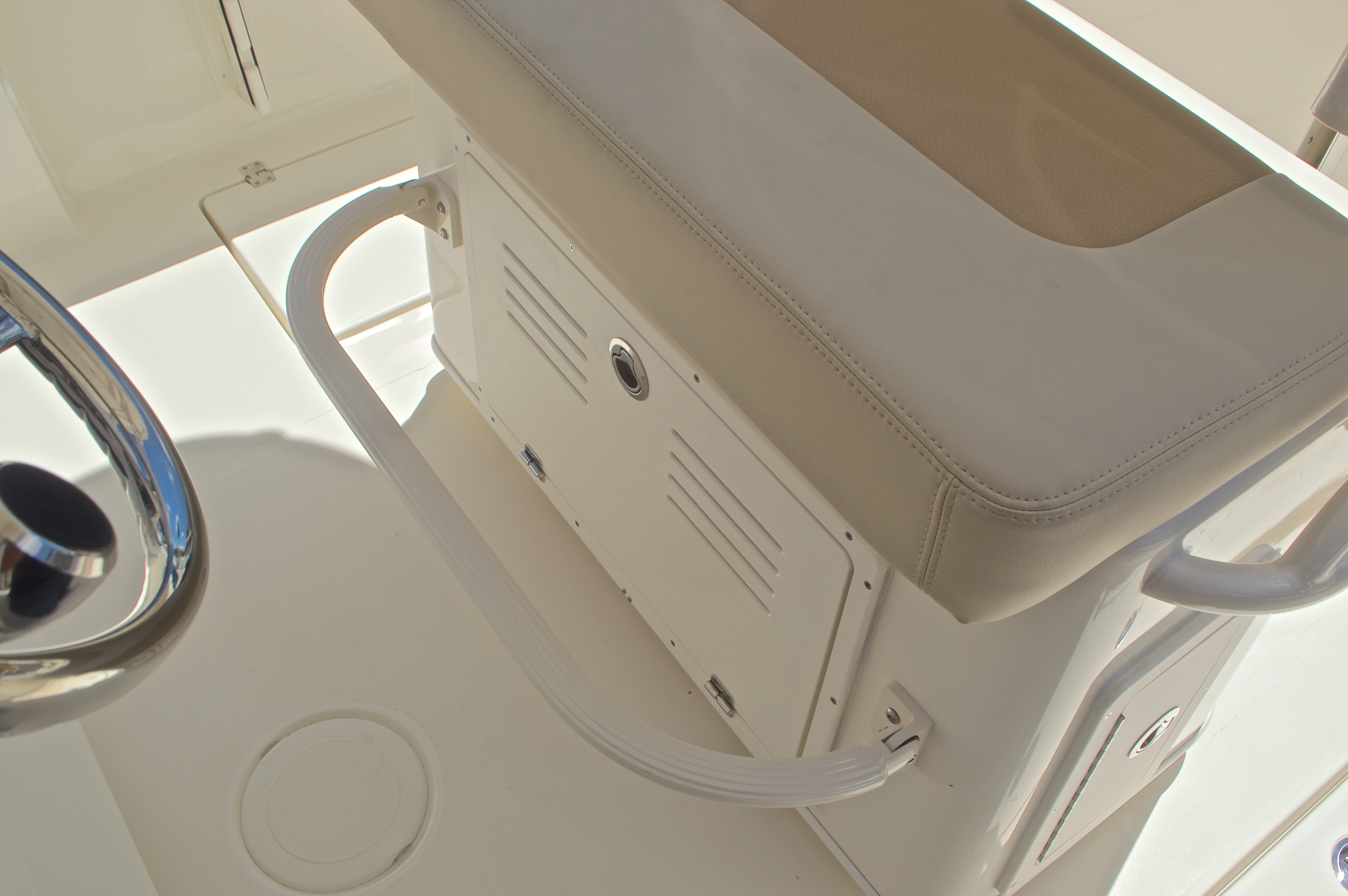 Thumbnail 26 for New 2017 Cobia 237 Center Console boat for sale in West Palm Beach, FL
