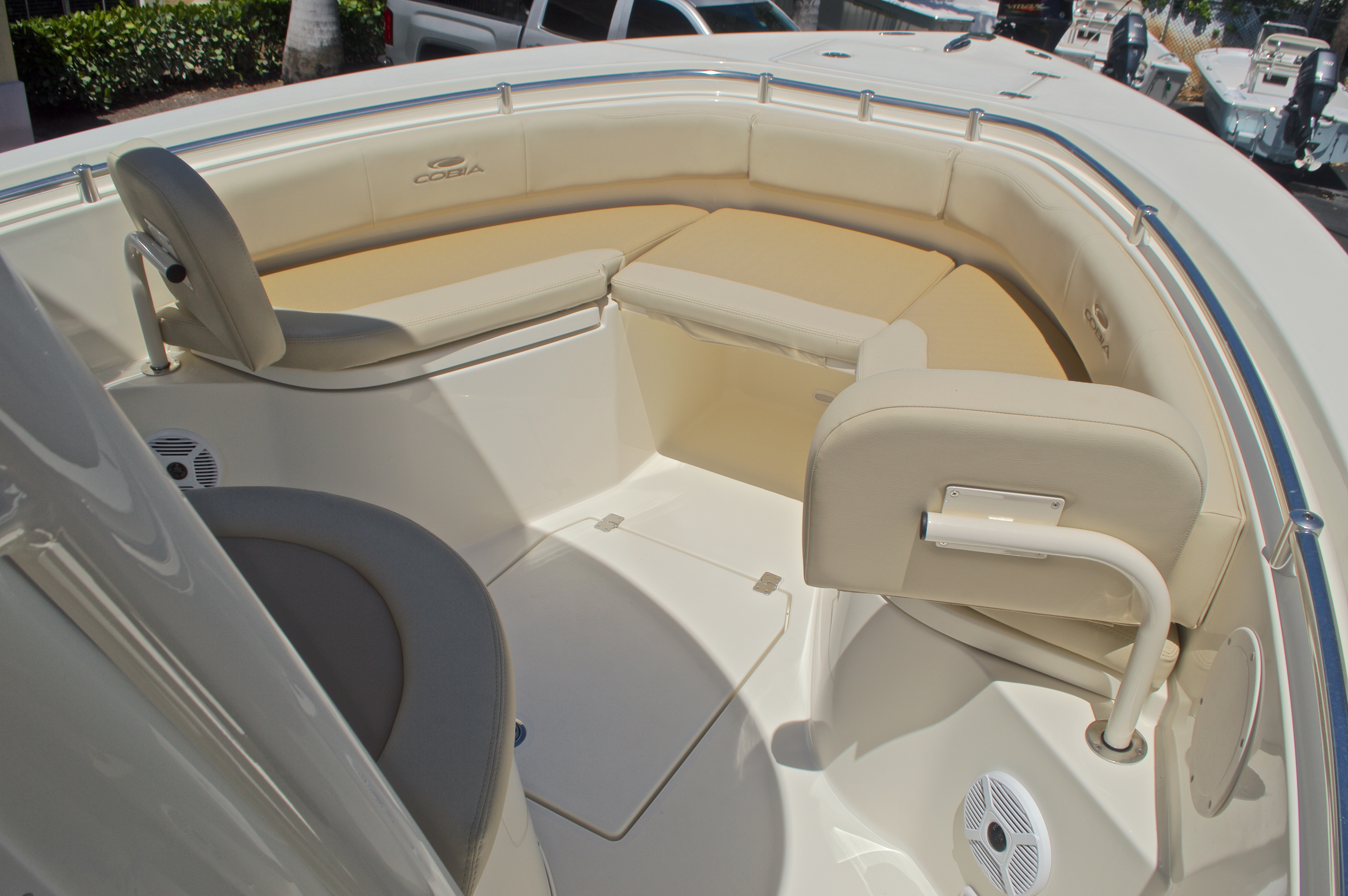 Thumbnail 47 for New 2017 Cobia 237 Center Console boat for sale in West Palm Beach, FL