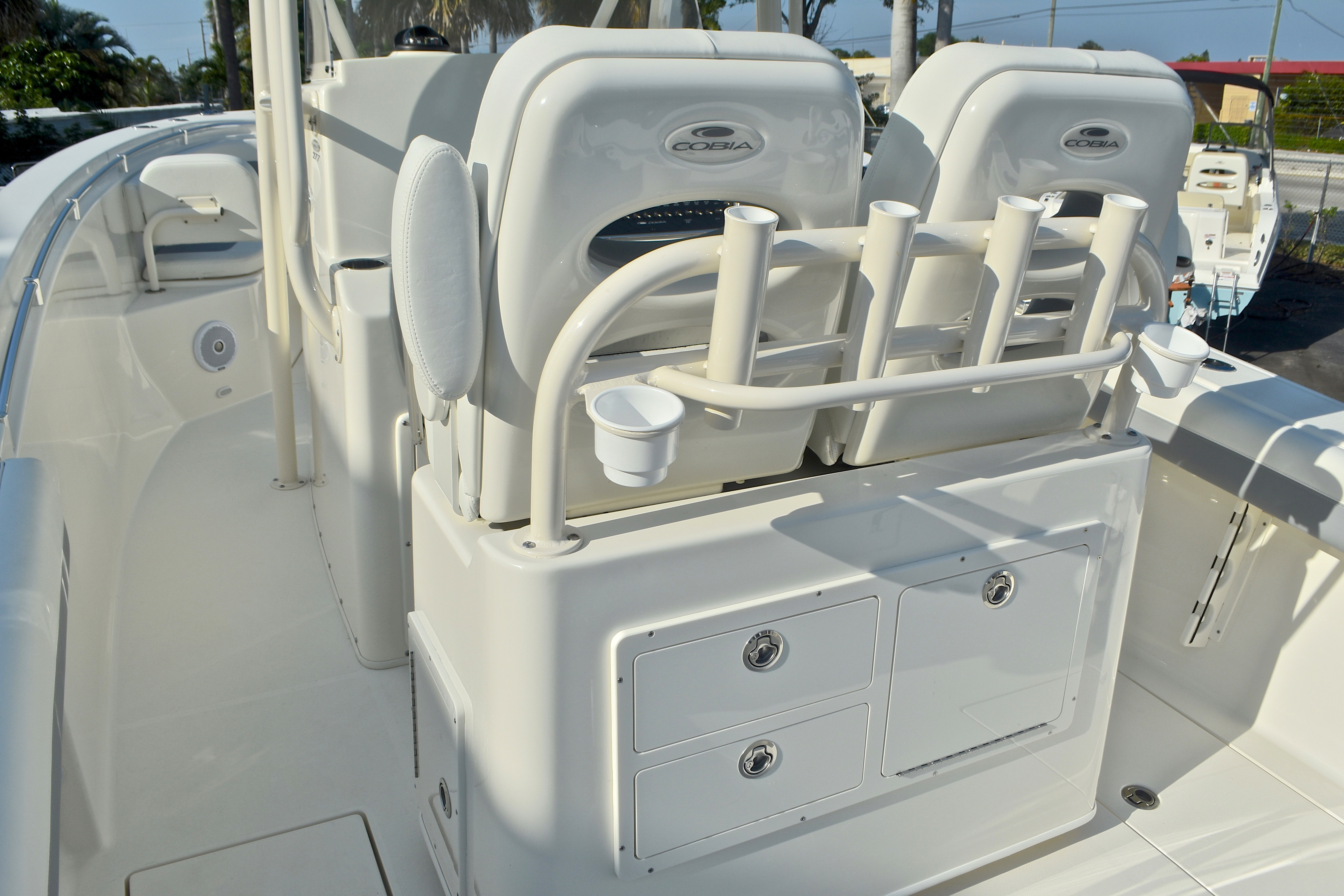 Thumbnail 23 for New 2017 Cobia 277 Center Console boat for sale in West Palm Beach, FL