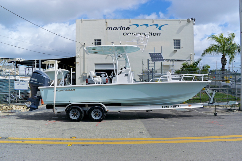 Thumbnail 0 for Used 2015 Sportsman Masters 247 Bay Boat boat for sale in Vero Beach, FL