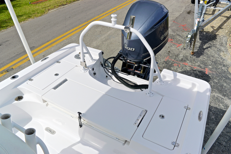 Thumbnail 23 for Used 2015 Sportsman Masters 247 Bay Boat boat for sale in Vero Beach, FL