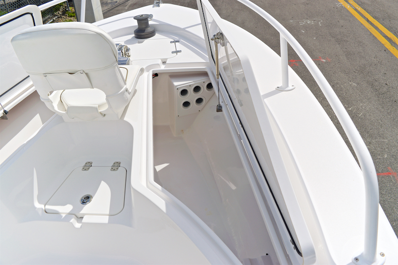 Thumbnail 40 for Used 2015 Sportsman Masters 247 Bay Boat boat for sale in Vero Beach, FL