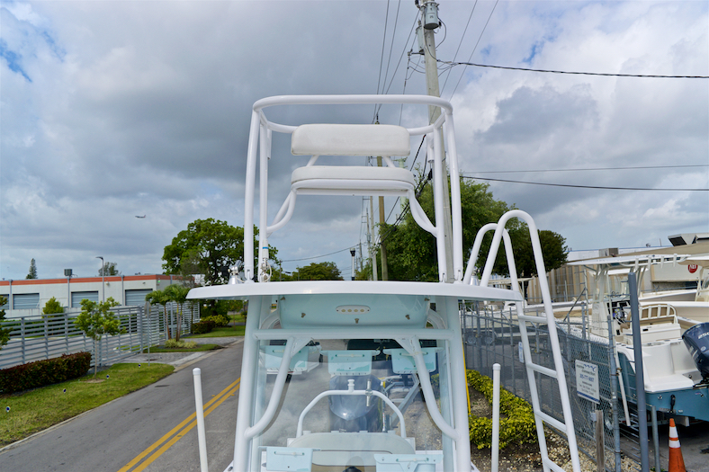 Thumbnail 49 for Used 2015 Sportsman Masters 247 Bay Boat boat for sale in Vero Beach, FL