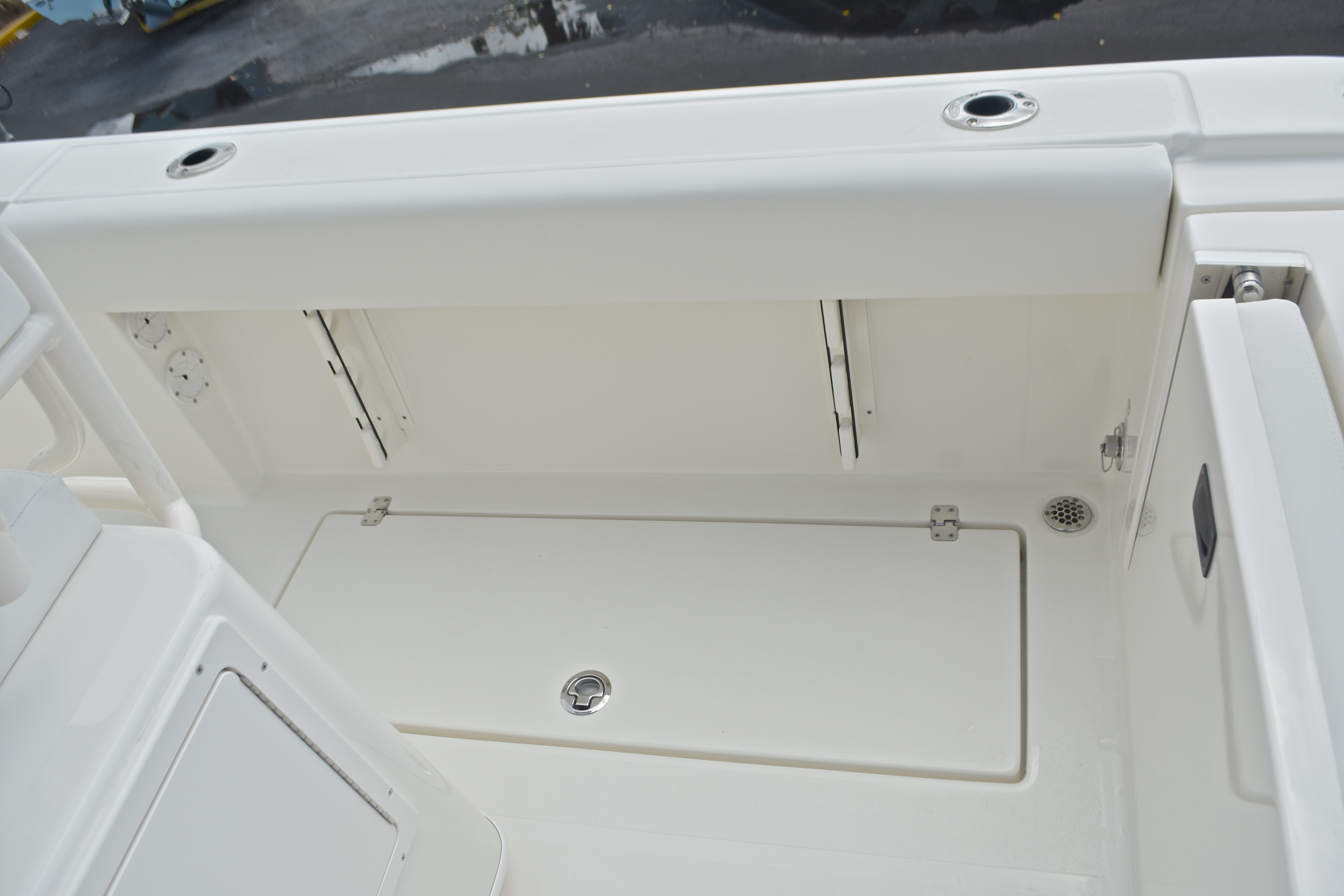 Thumbnail 23 for New 2017 Cobia 237 Center Console boat for sale in West Palm Beach, FL