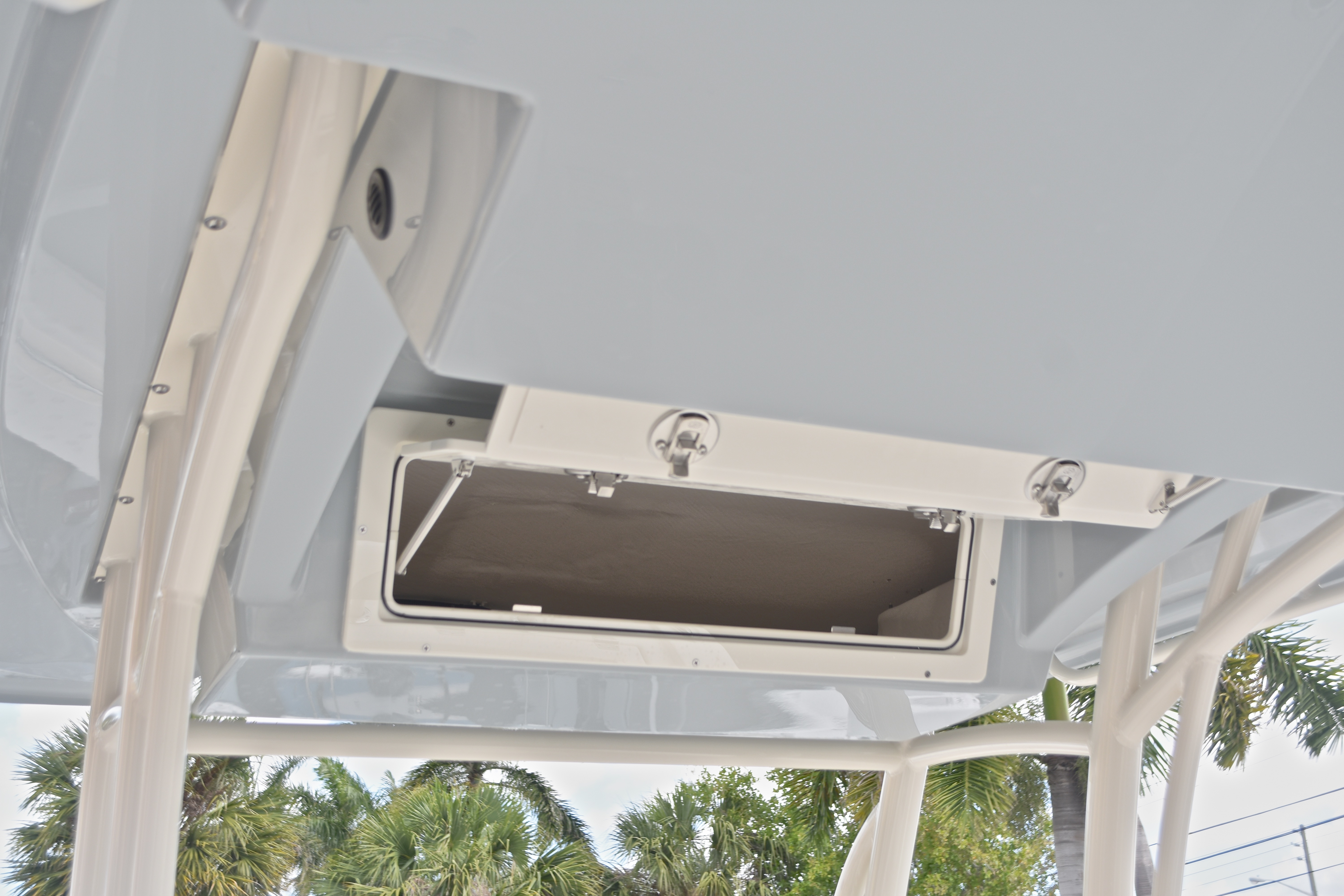 Thumbnail 39 for New 2017 Cobia 237 Center Console boat for sale in West Palm Beach, FL