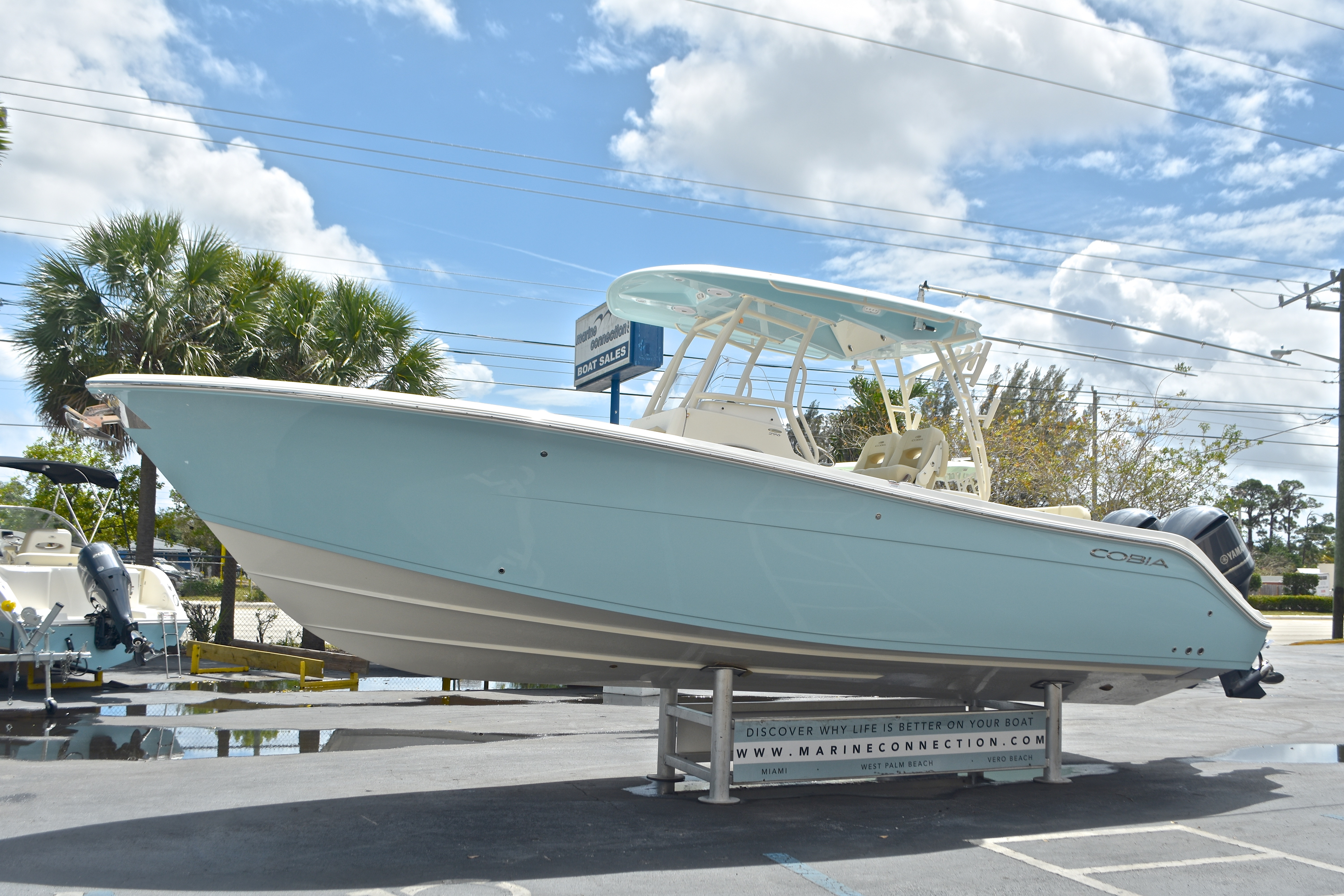 Thumbnail 4 for New 2017 Cobia 296 Center Console boat for sale in West Palm Beach, FL